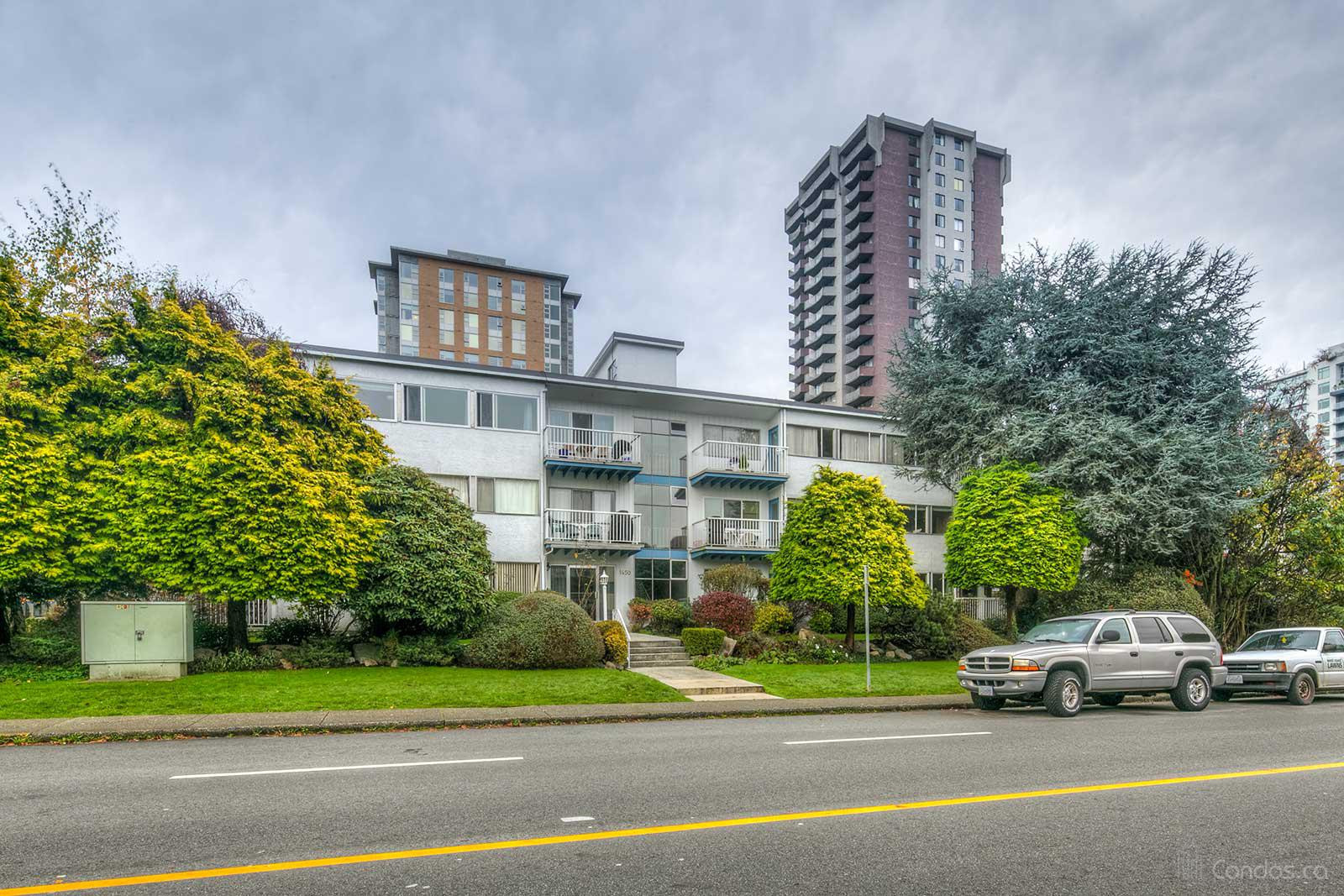 Mountain View at 1450 Chesterfield Ave, North Vancouver City 0