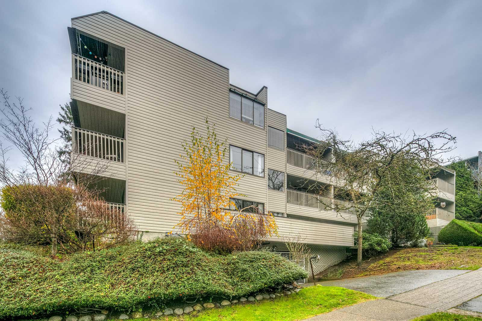 Ocean View at 156 21st St W, North Vancouver City 0