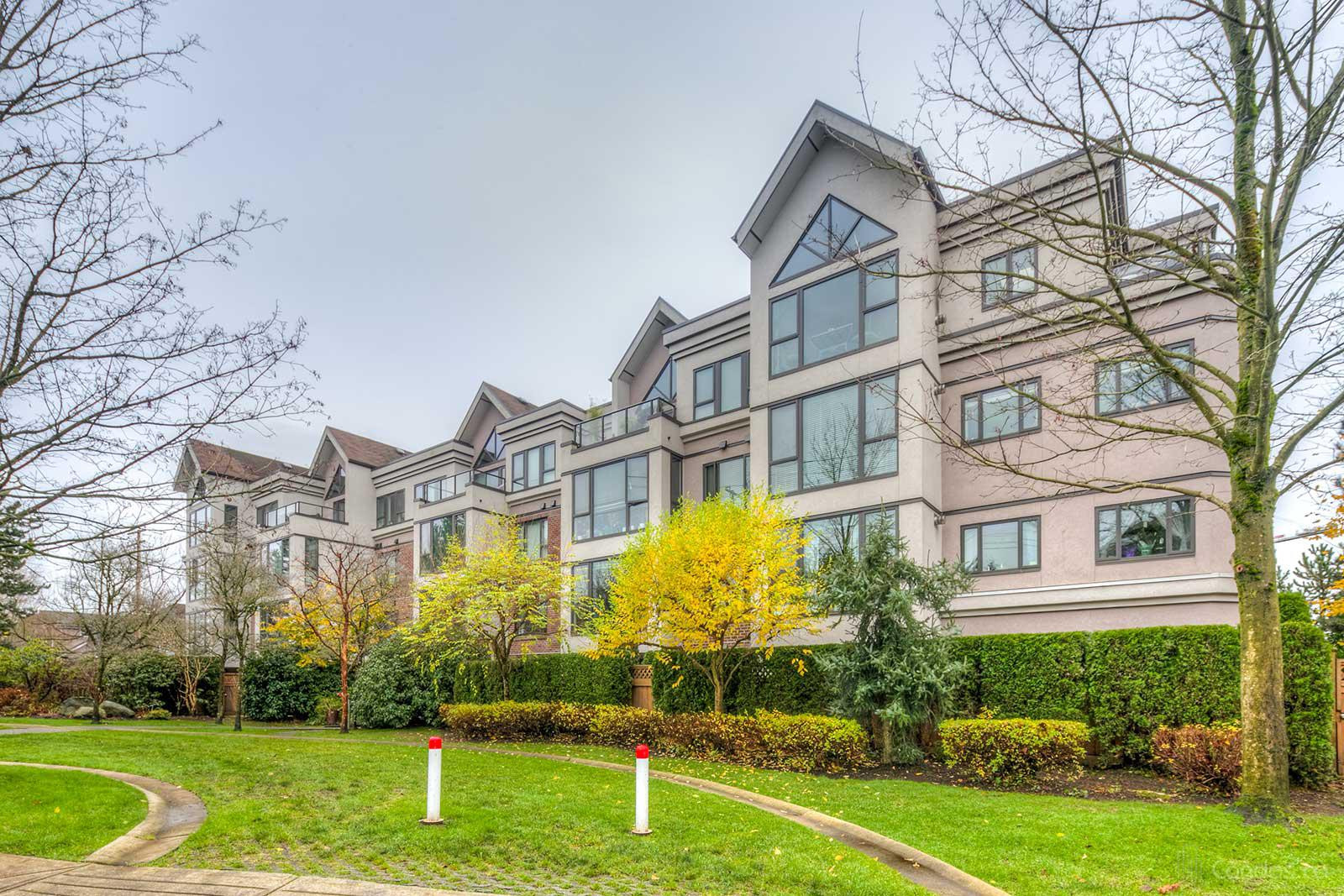 Rutherford Park at 175 10th St E, North Vancouver City 0