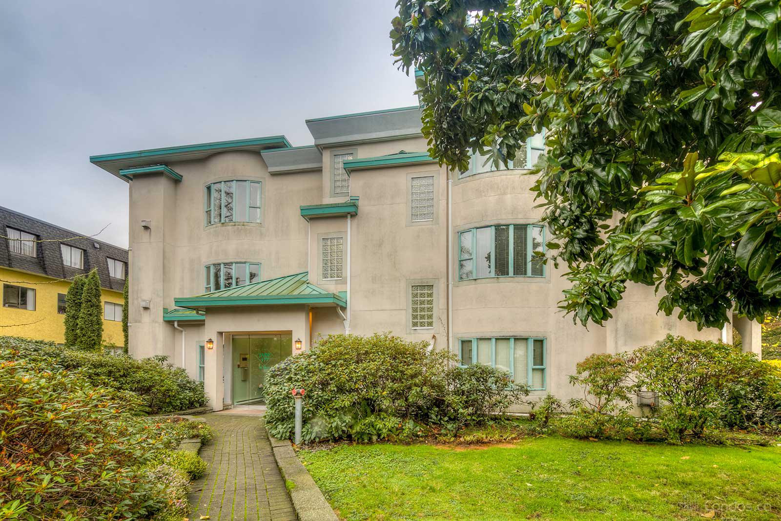 The Jade at 177 5th St W, North Vancouver City 0