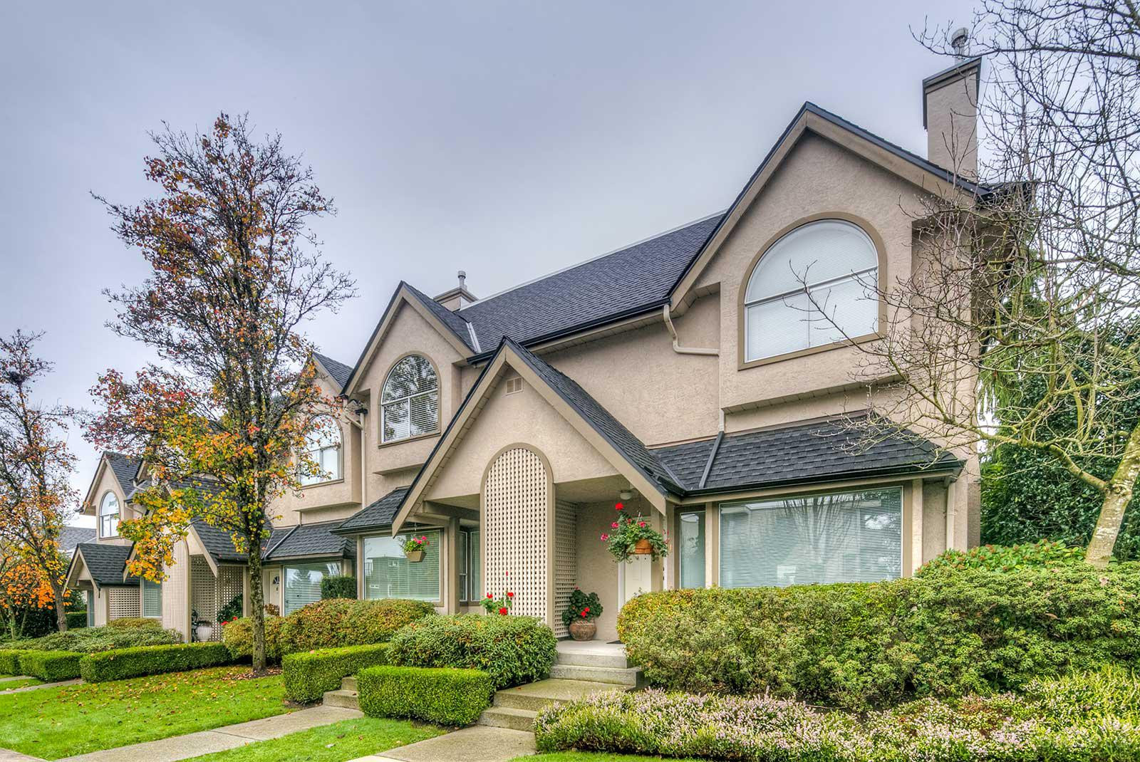 Tudor Gate at 1701 Chesterfield Ave, North Vancouver City 0