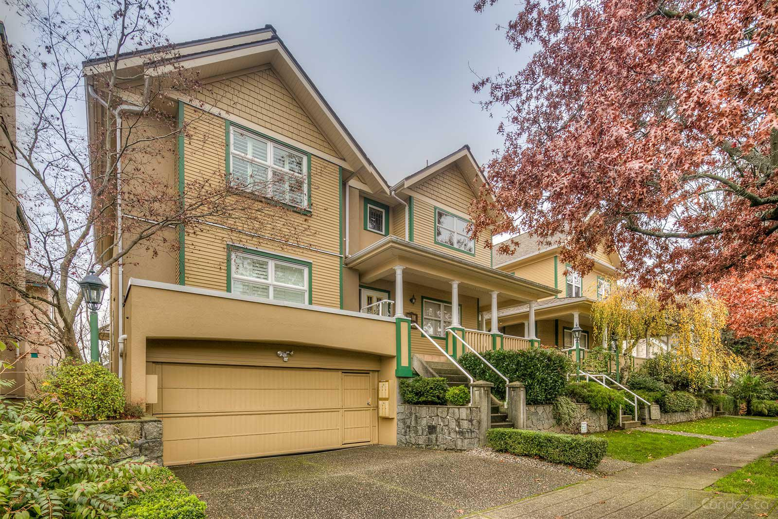 Carriage Hill at 235 Keith Rd E, North Vancouver City 0