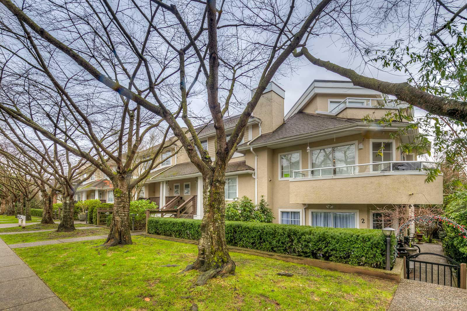 Northgate Court at 249 4th St E, North Vancouver City 0