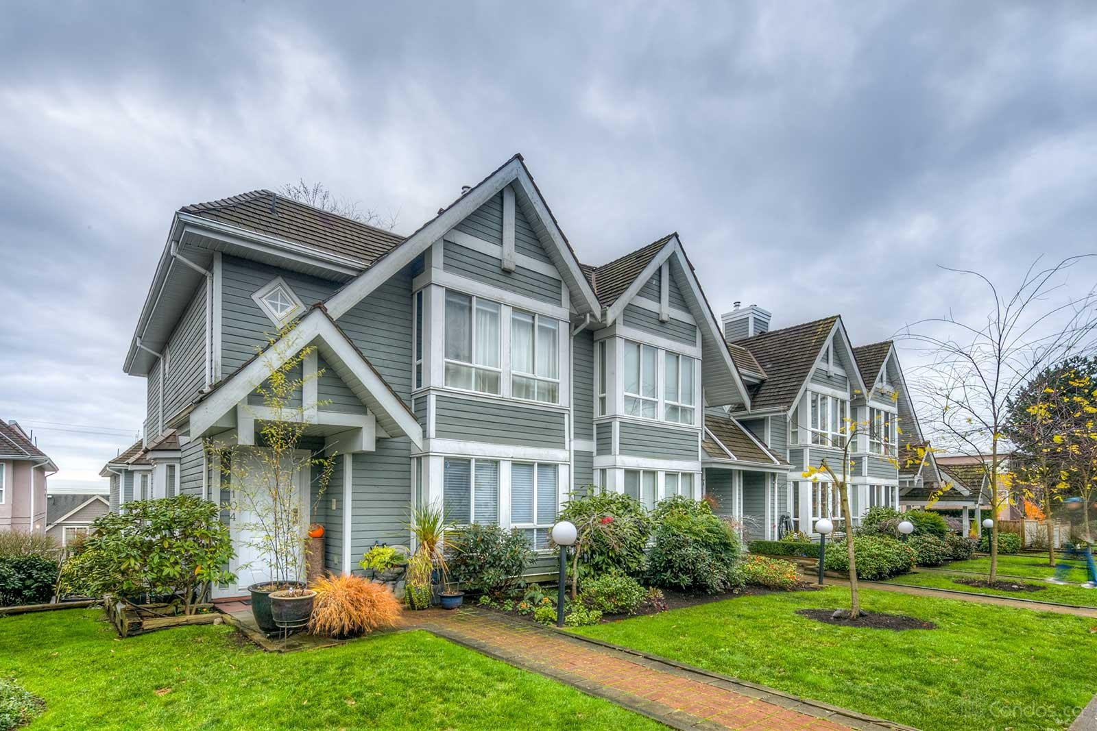 Rose Garden Court at 209 6th St E, North Vancouver City 0