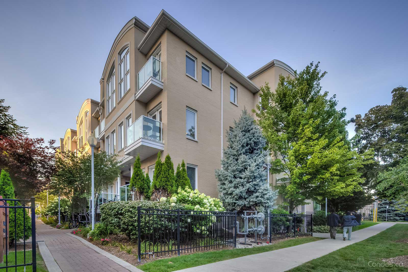 Monet Townhomes at 70 Byng Ave, Toronto 0
