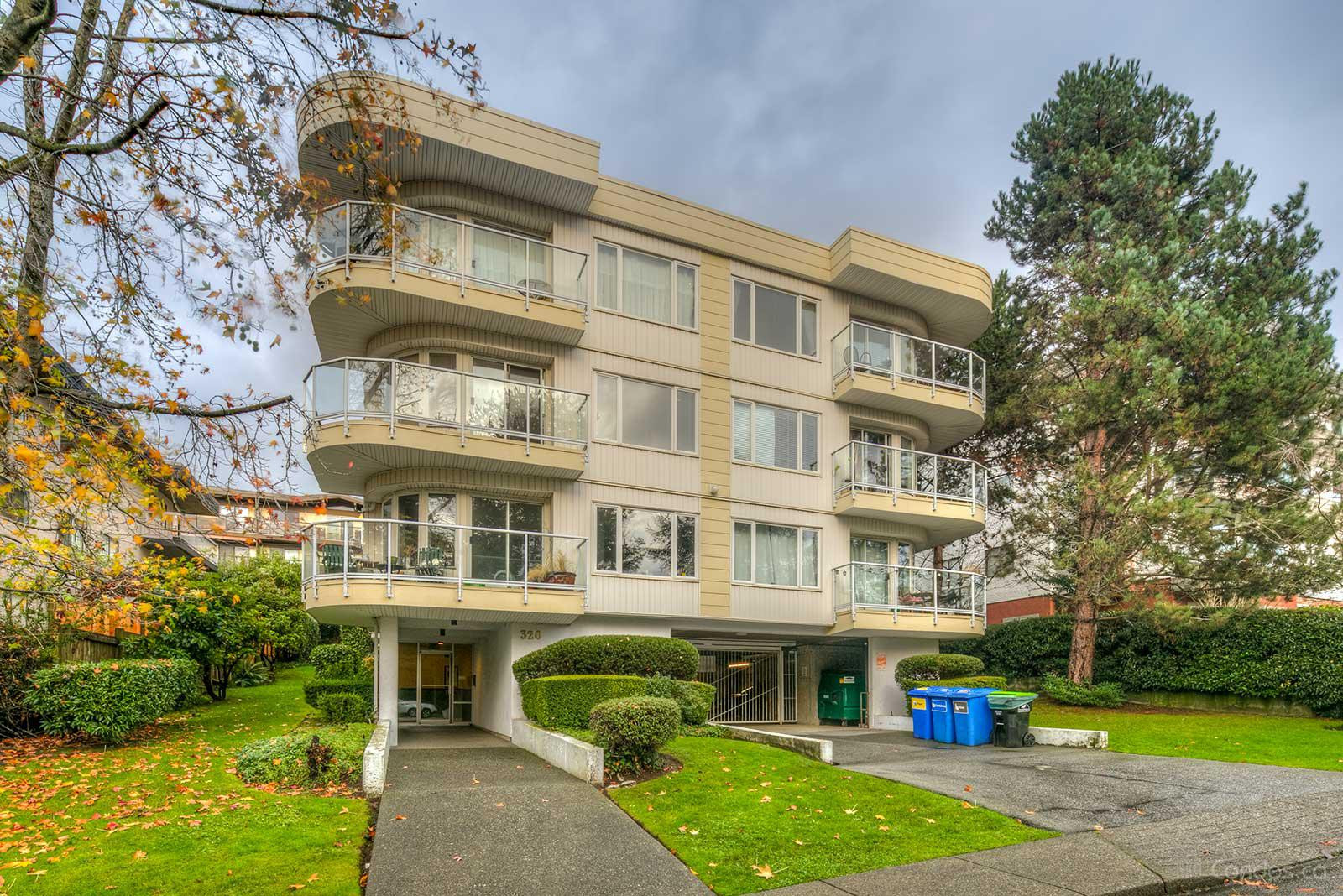 Beverly Court at 320 2nd St W, North Vancouver City 0
