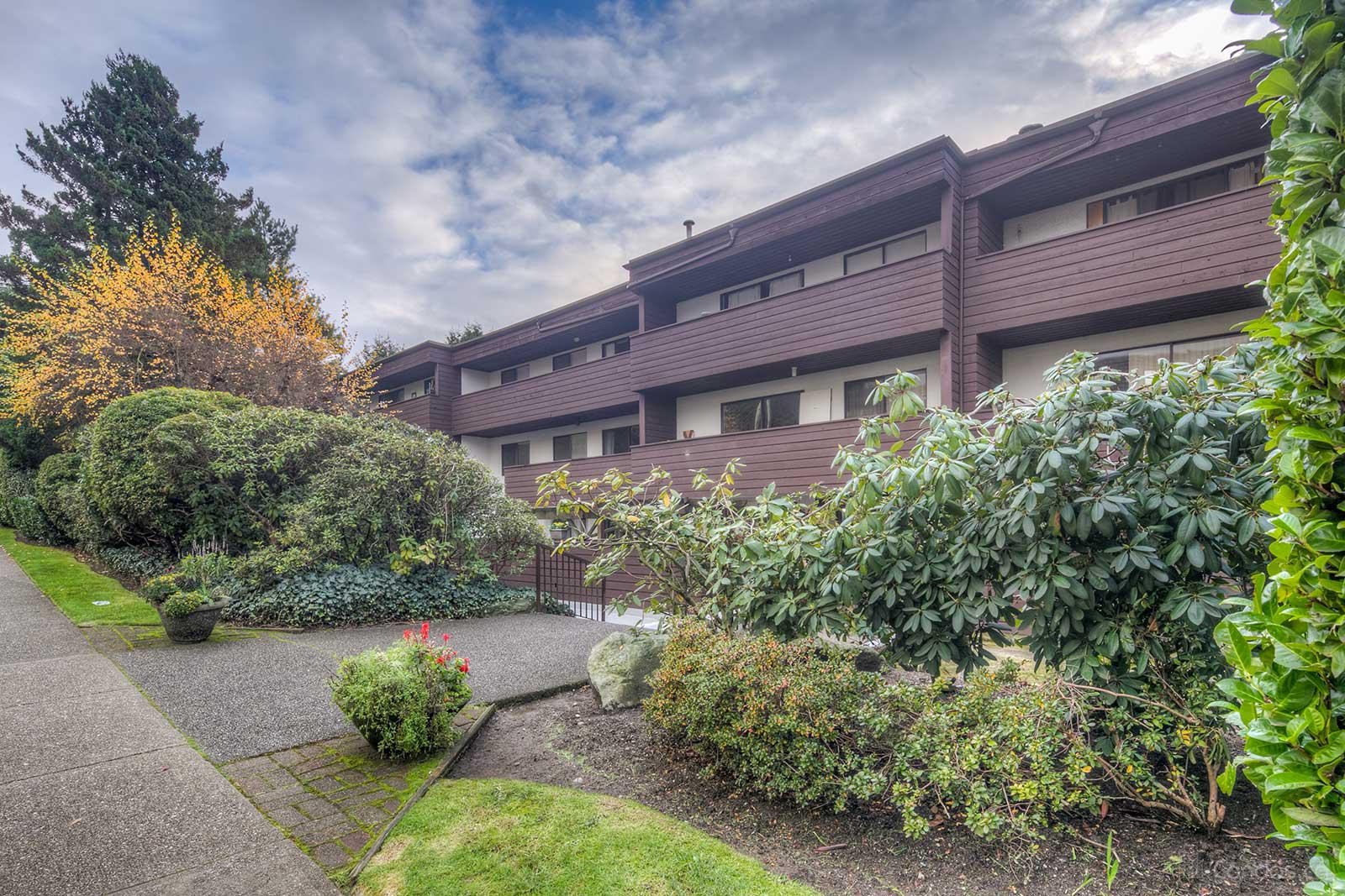 Lisa Place at 341 3rd St W, North Vancouver City 0