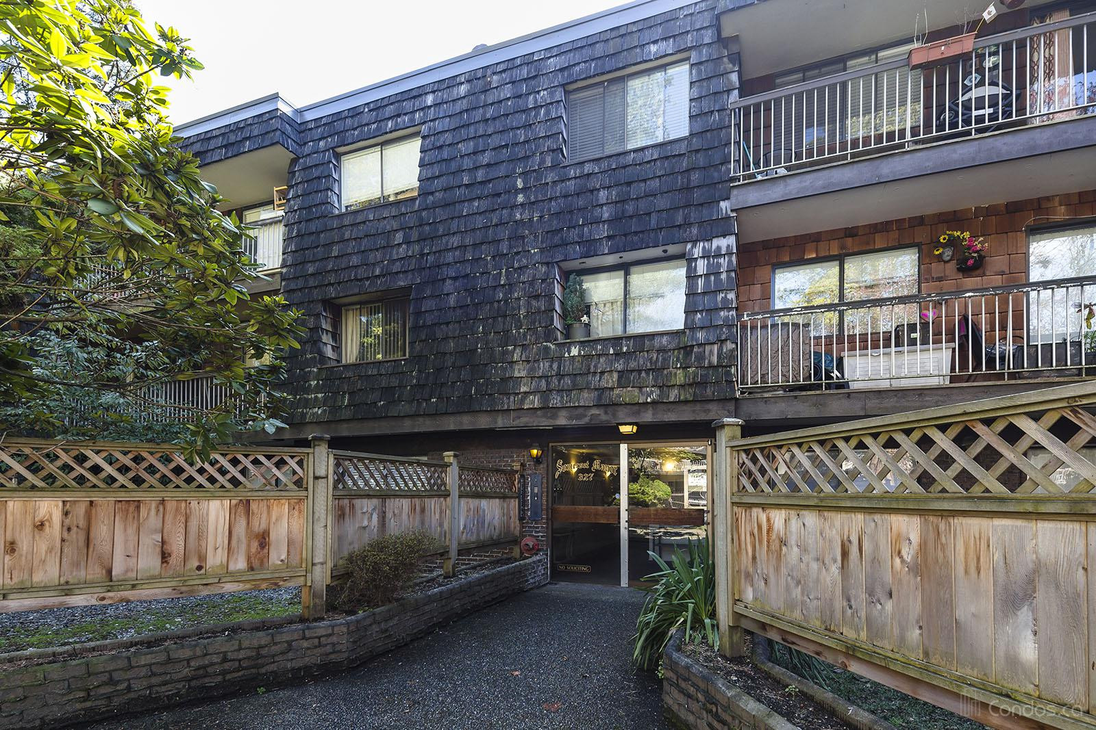 Somerset Manor at 327 2nd St W, North Vancouver City 0