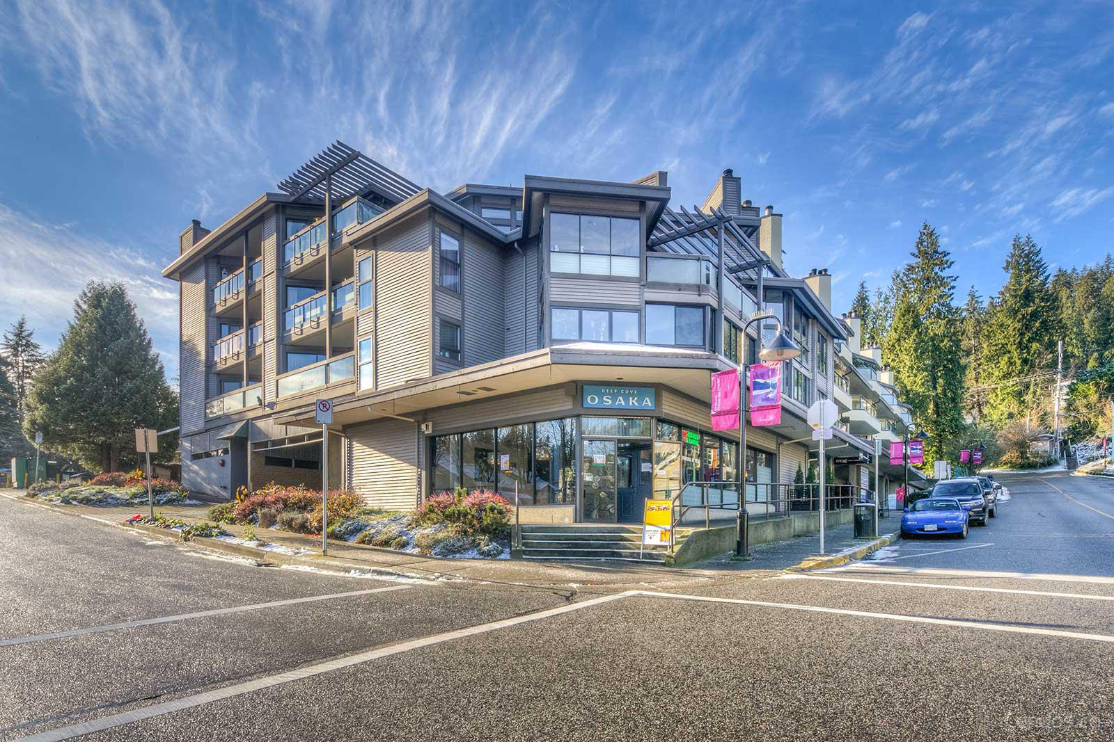 The Coveside at 4323 Gallant Ave, North Vancouver District 0