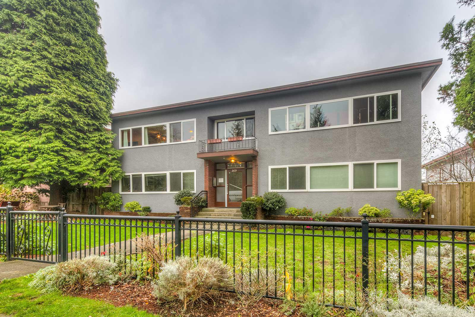 The Lanark at 369 W 4th St, North Vancouver City 0