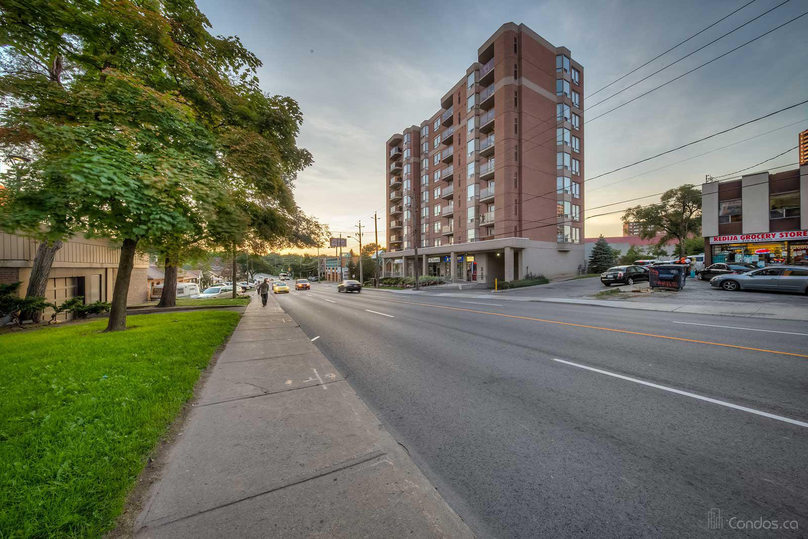 River Hill at 2088 Lawrence Ave W, Toronto 1