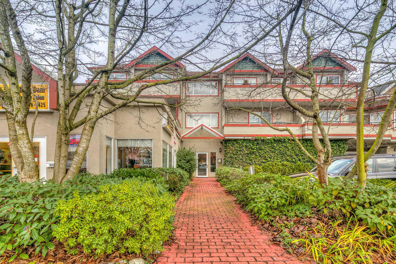 Fell Pointe at 918 16th St W, North Vancouver City 0