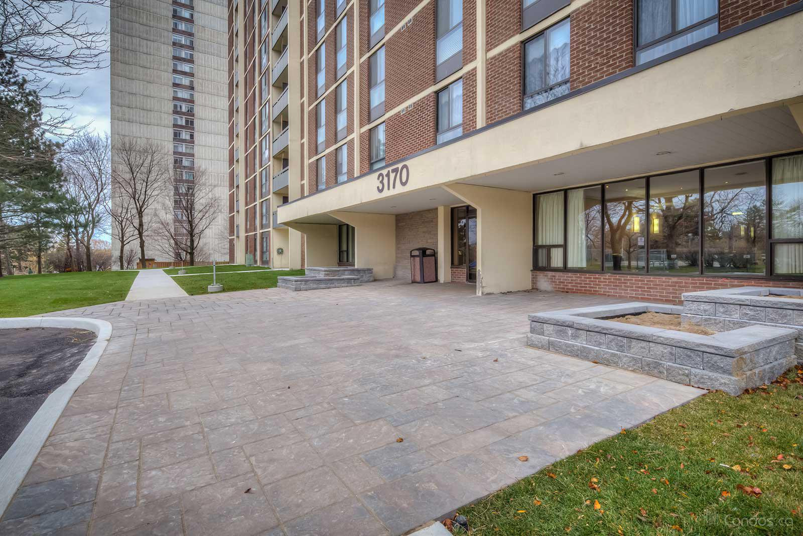 3170 Kirwin Condos at 3170 Kirwin Ave, Mississauga 1