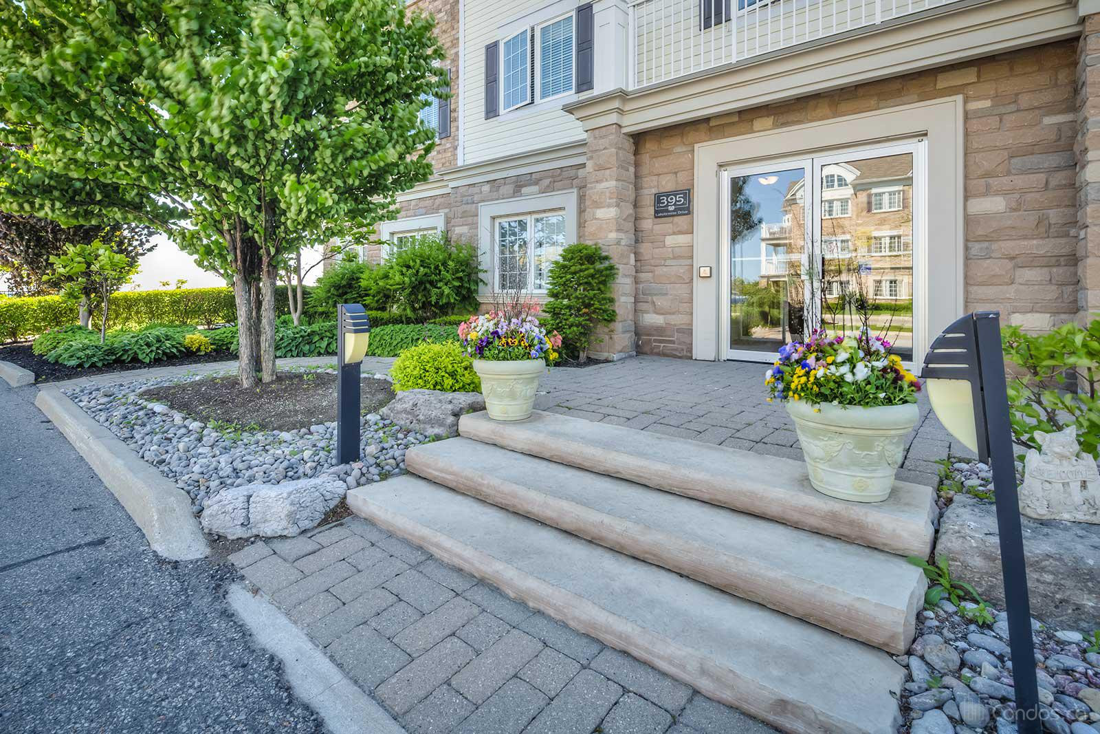 Coastal Villas at 395 Lakebreeze Dr, Clarington 0