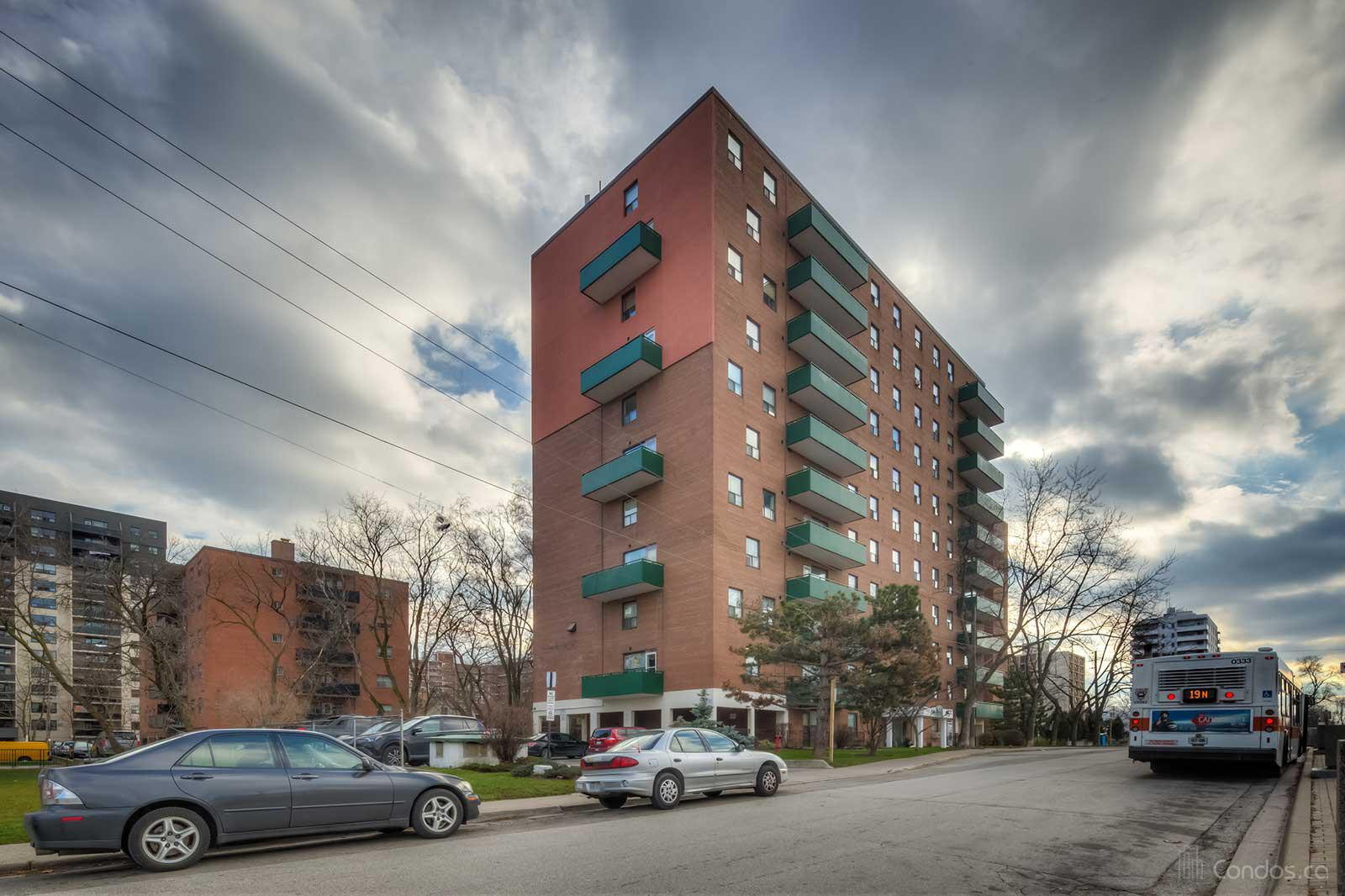 49 Queen Condos at 49 Queen St E, Mississauga 0