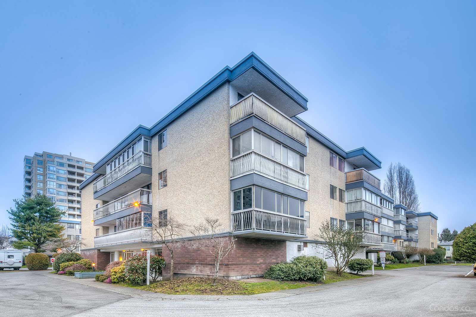 The Crestwood at 6380 Buswell St, Richmond 0