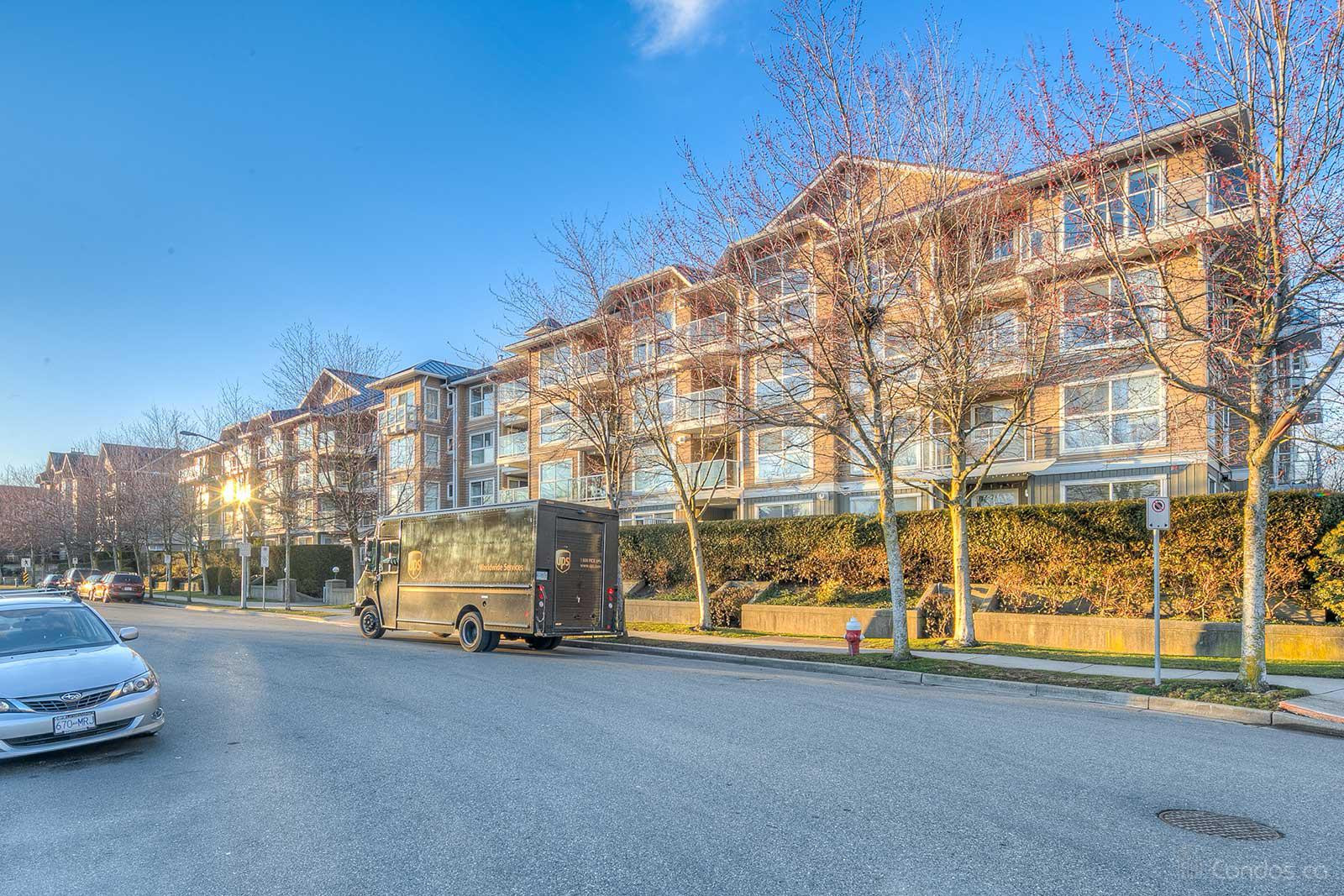 Waterside at 5880 Dover Crescent, Richmond 0