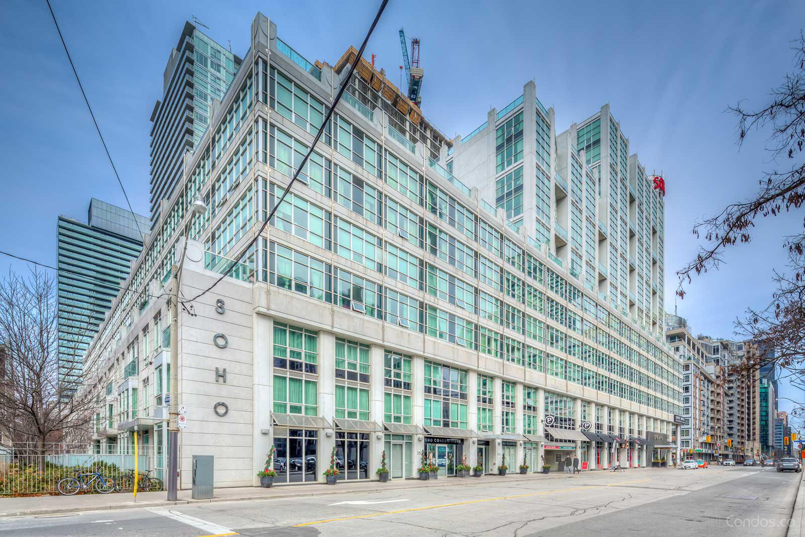 Soho Metropolitan at 350 Wellington St W, Toronto 1