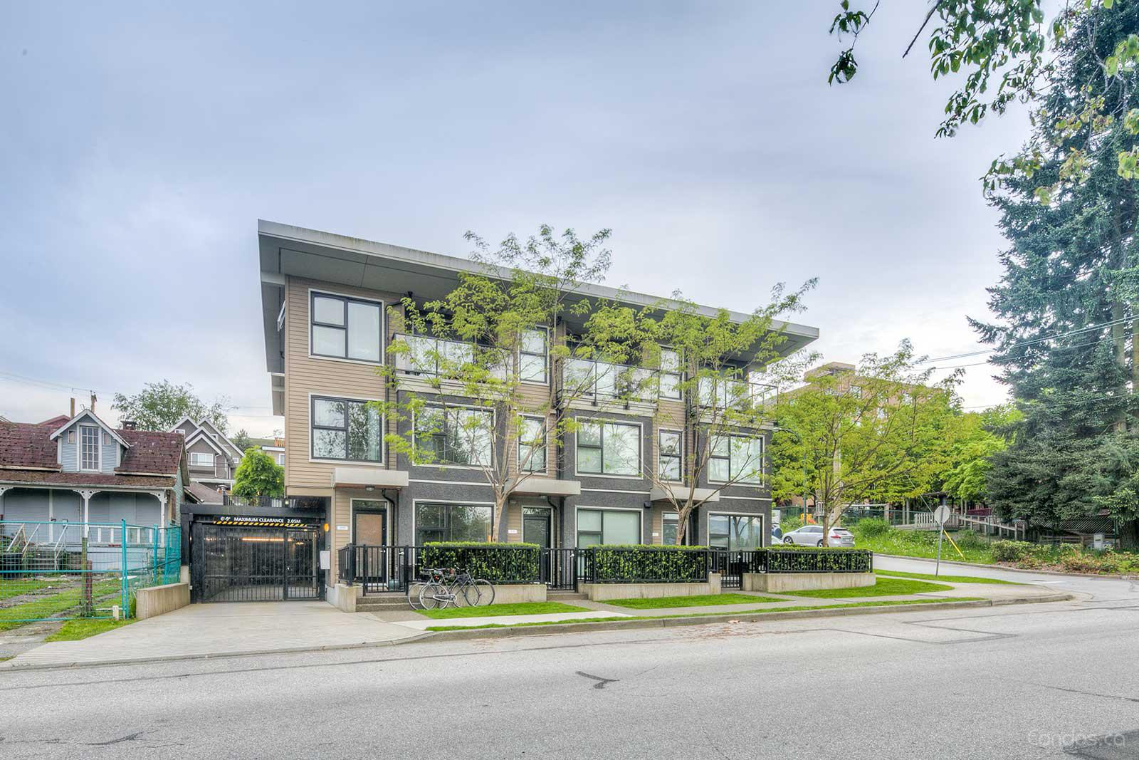 7 & W Townhomes at 1002 E 7th Ave, Vancouver 1