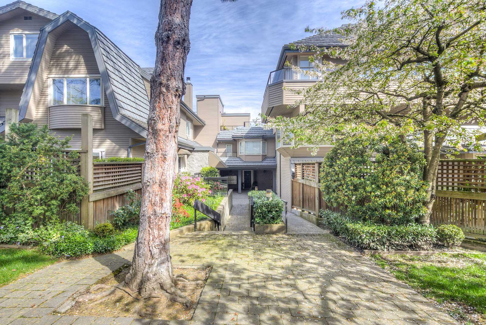 Bayside Manor at 2411 W 1st Ave, Vancouver 1