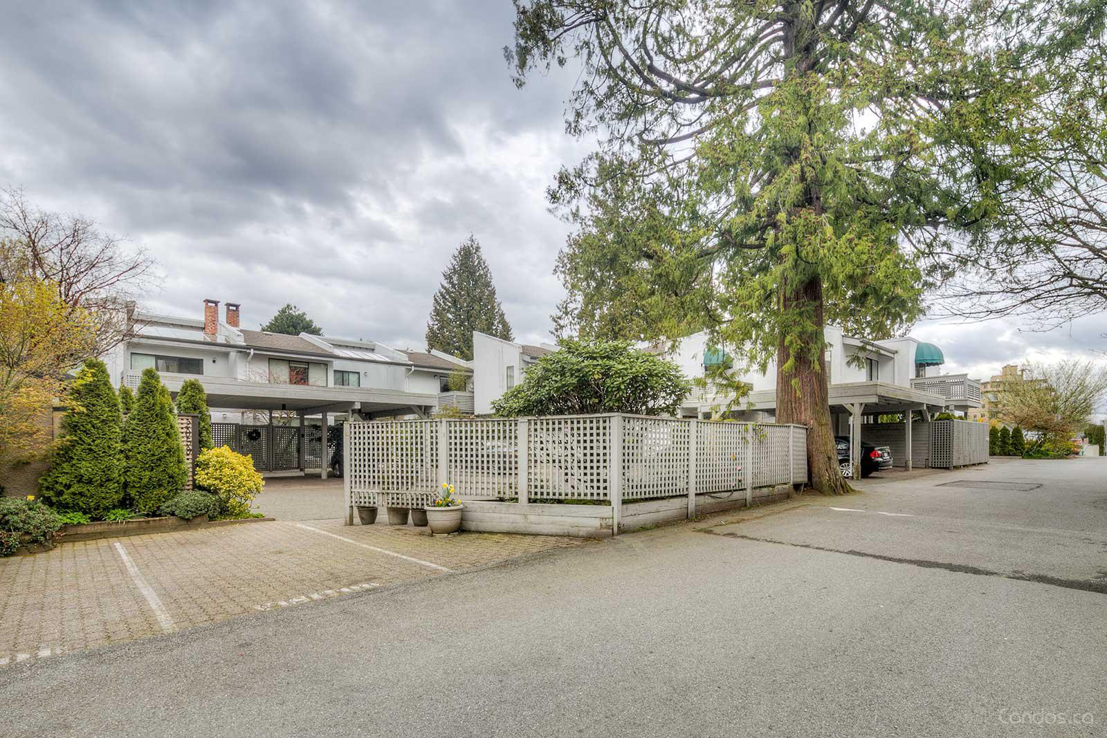 2030 - 2040 Marine Drive at 2030 Marine Dr, West Vancouver 0