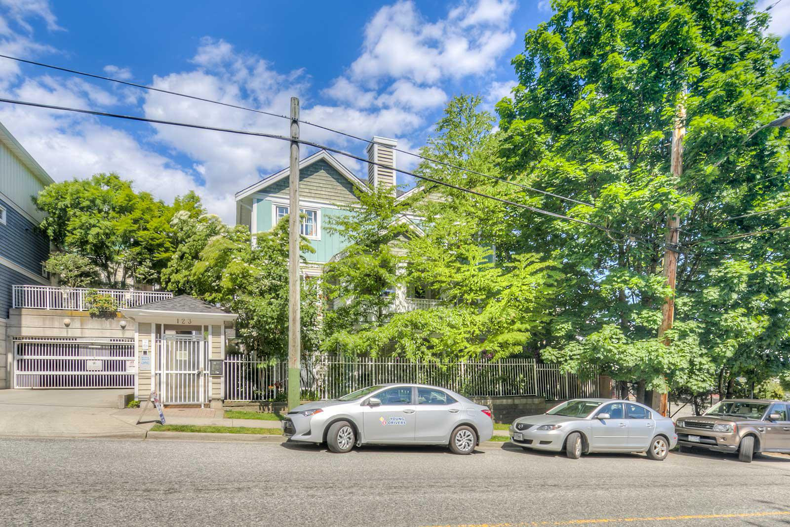 Royal City Terrace at 123 Seventh St, New Westminster 0