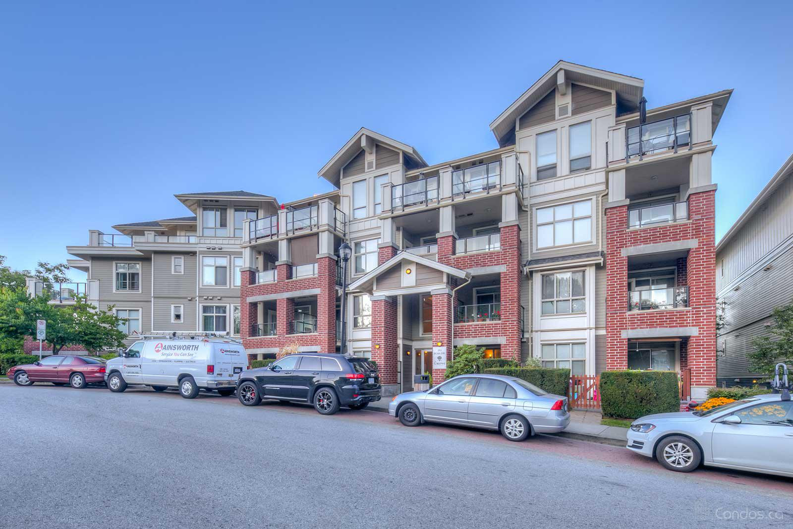 Grove at 285 Ross Dr, New Westminster 1