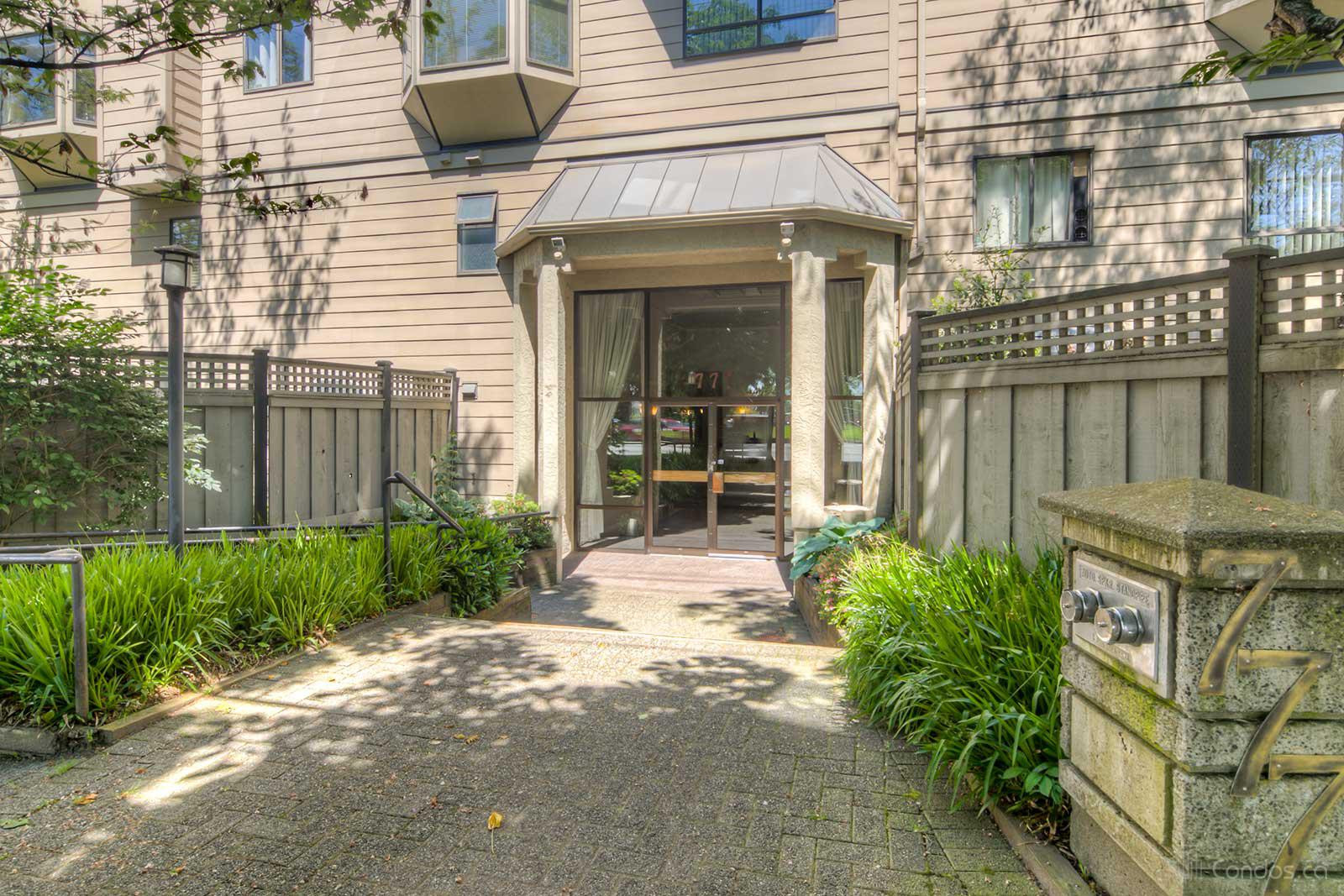 Moody Gardens at 777 8th St, New Westminster 1