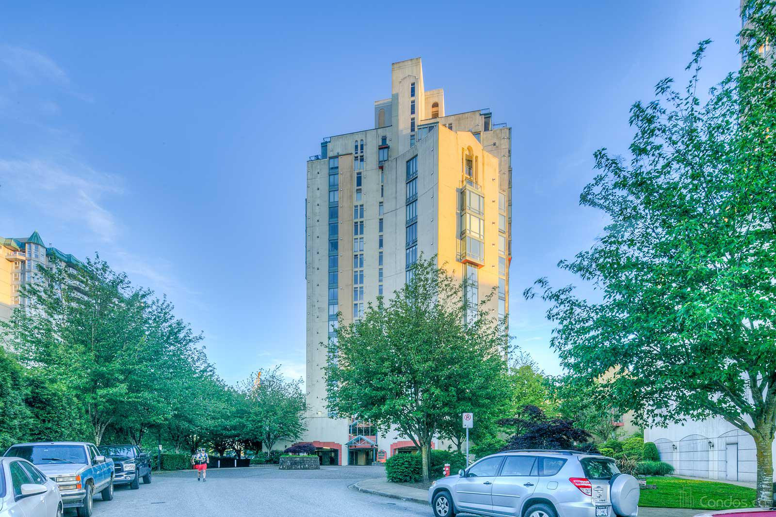 The Excelsior at 8 Laguna Crt, New Westminster 0