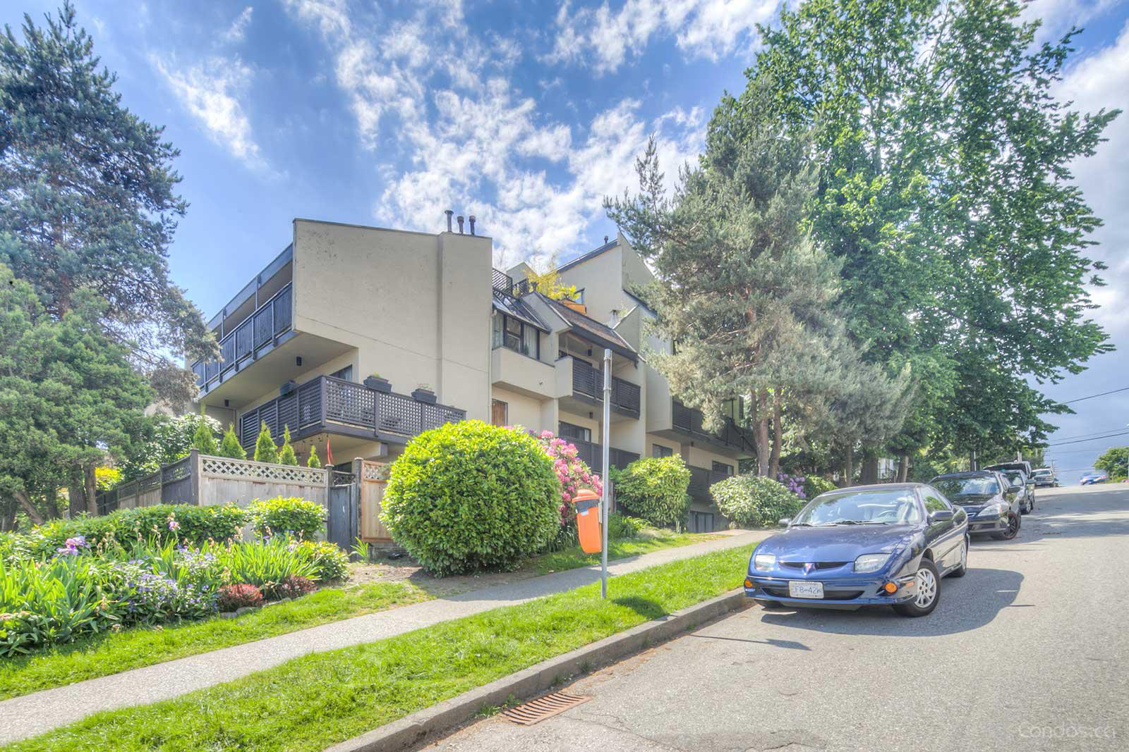 Villa Monterey at 110 Seventh St, New Westminster 0
