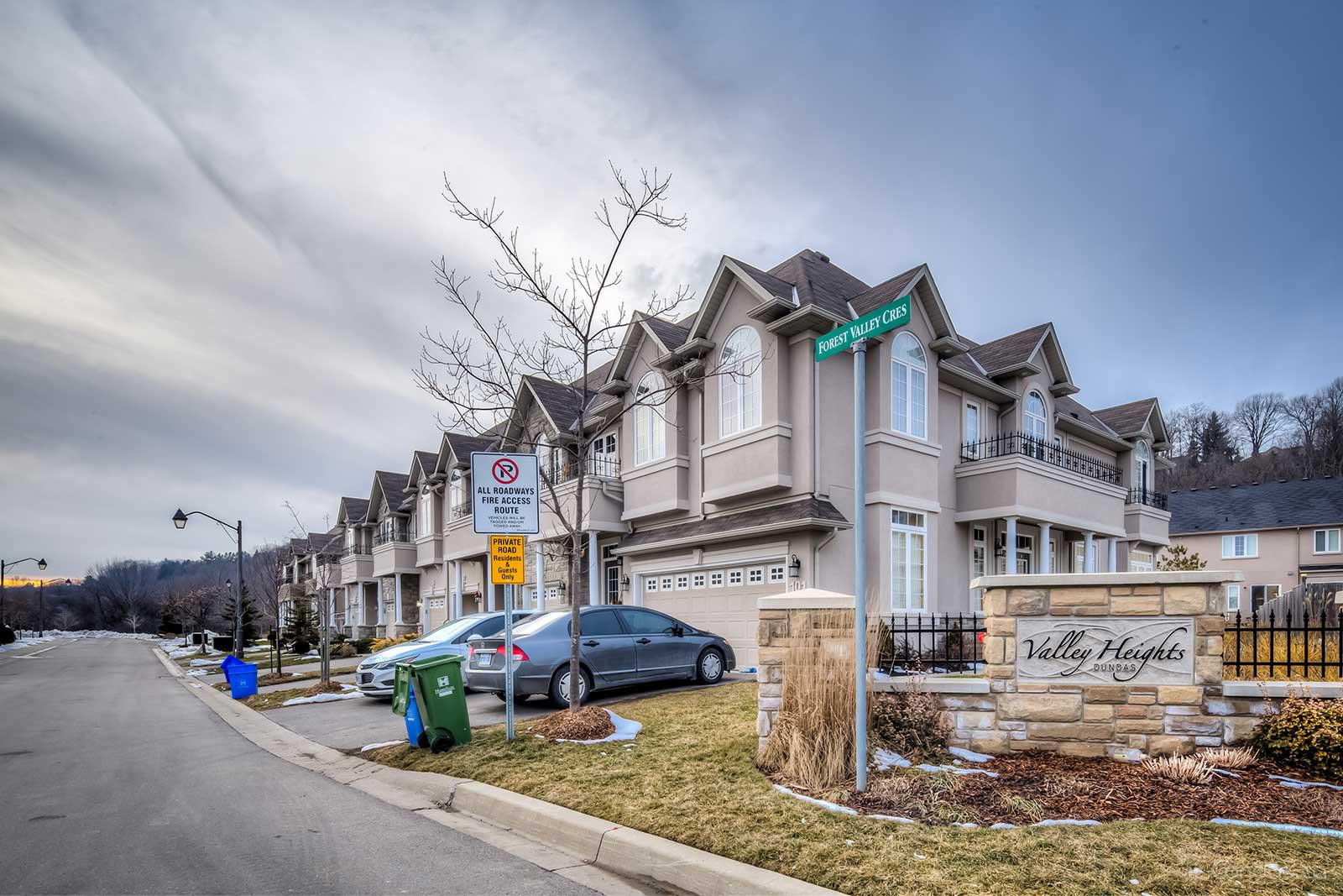 Forest Valley Condos at 14 Forest Valley Cr, Dundas 1
