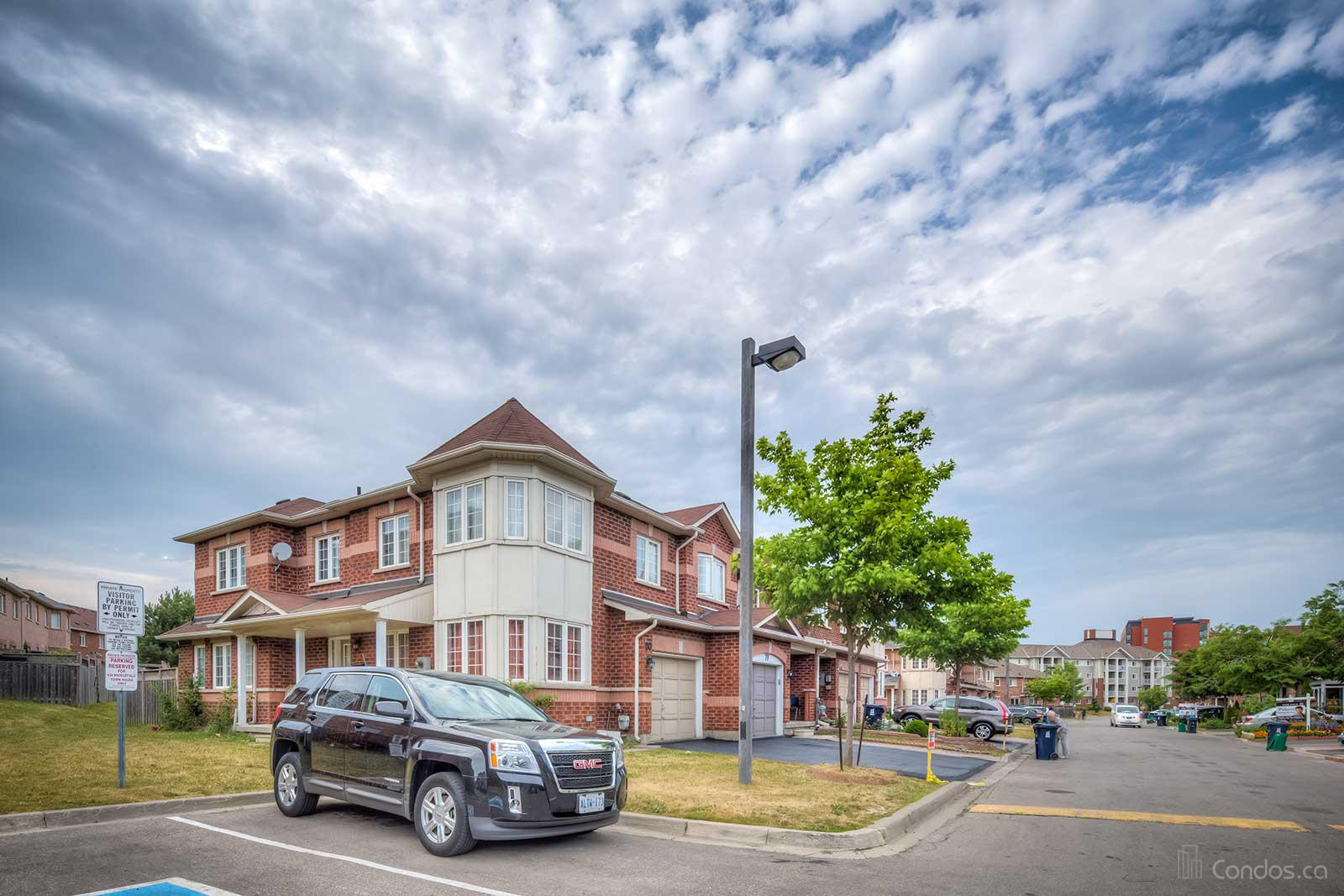 Stradford Park Townhomes at 435 Middlefield Rd, Toronto 0