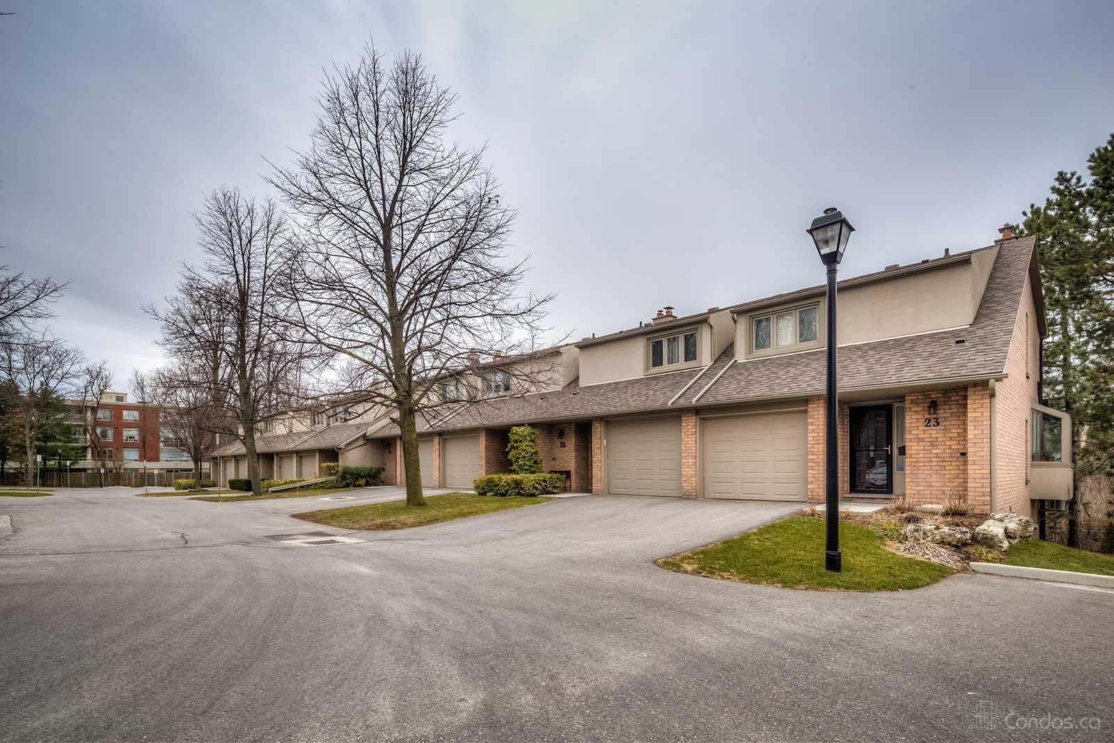 109 Wilson Condos at 109 Wilson St W, Ancaster 1