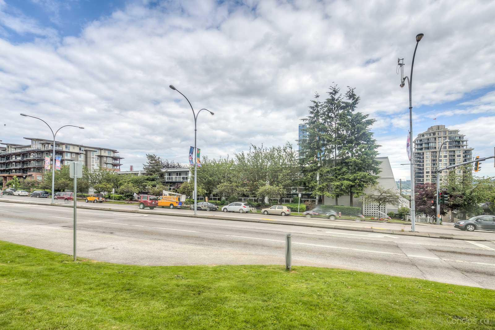 Harbourview at 550 Royal Ave, New Westminster 1
