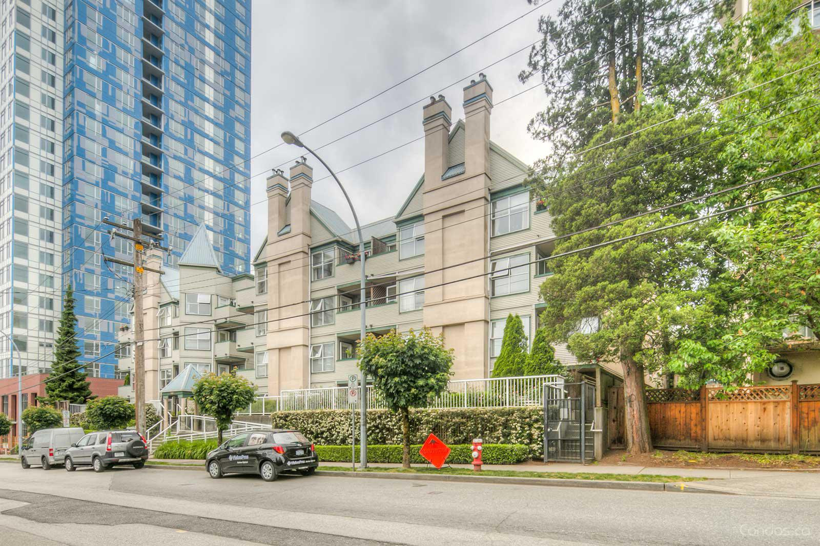 Hillside Place at 509 Carnarvon St, New Westminster 0