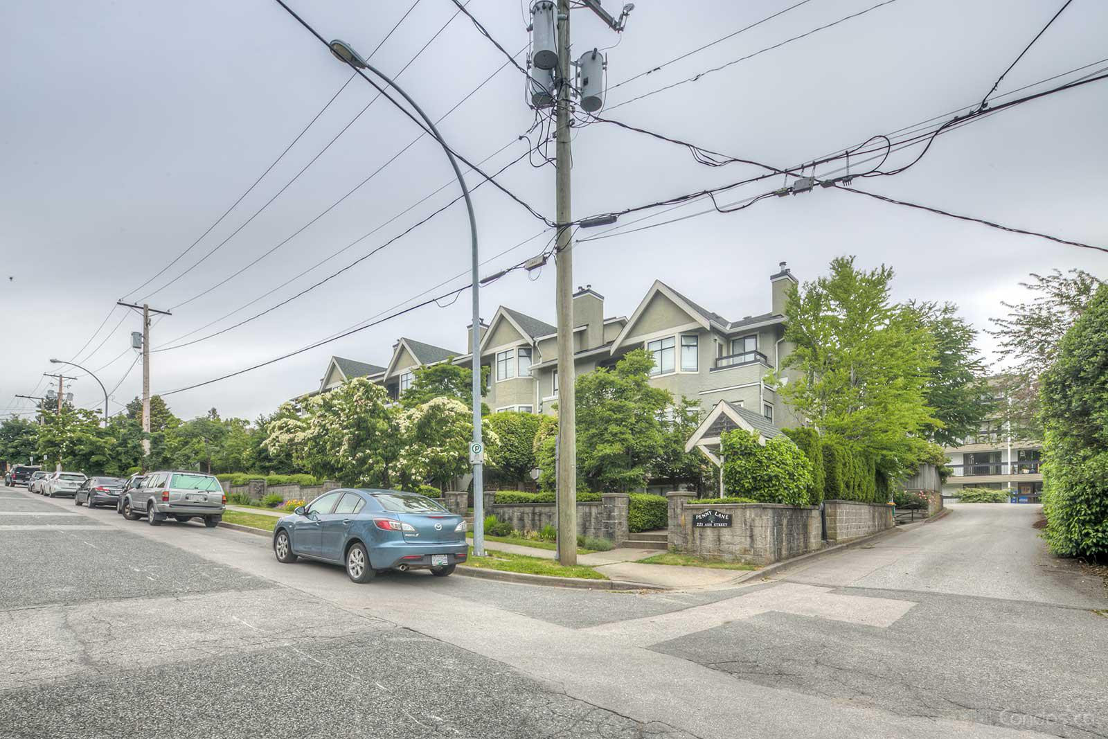 Penny Lane at 221 Ash St, New Westminster 0