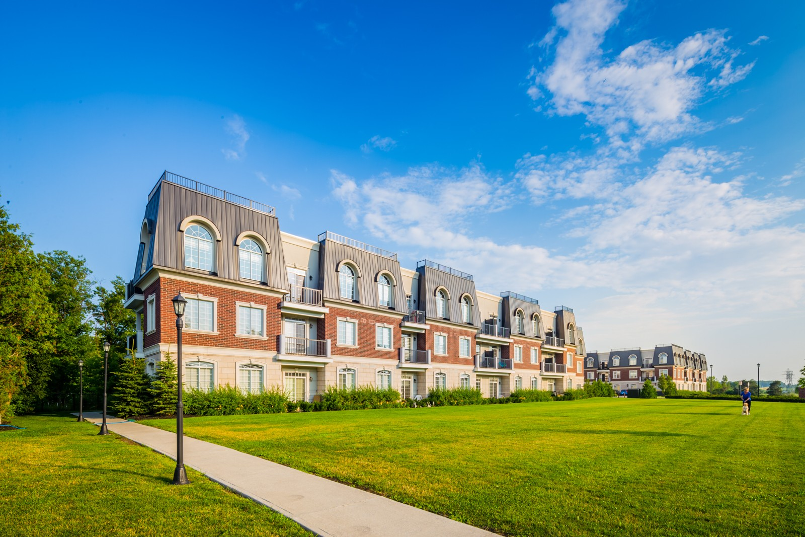 Balmoral Condos at 2300 Upper Middle Rd W, Oakville 0