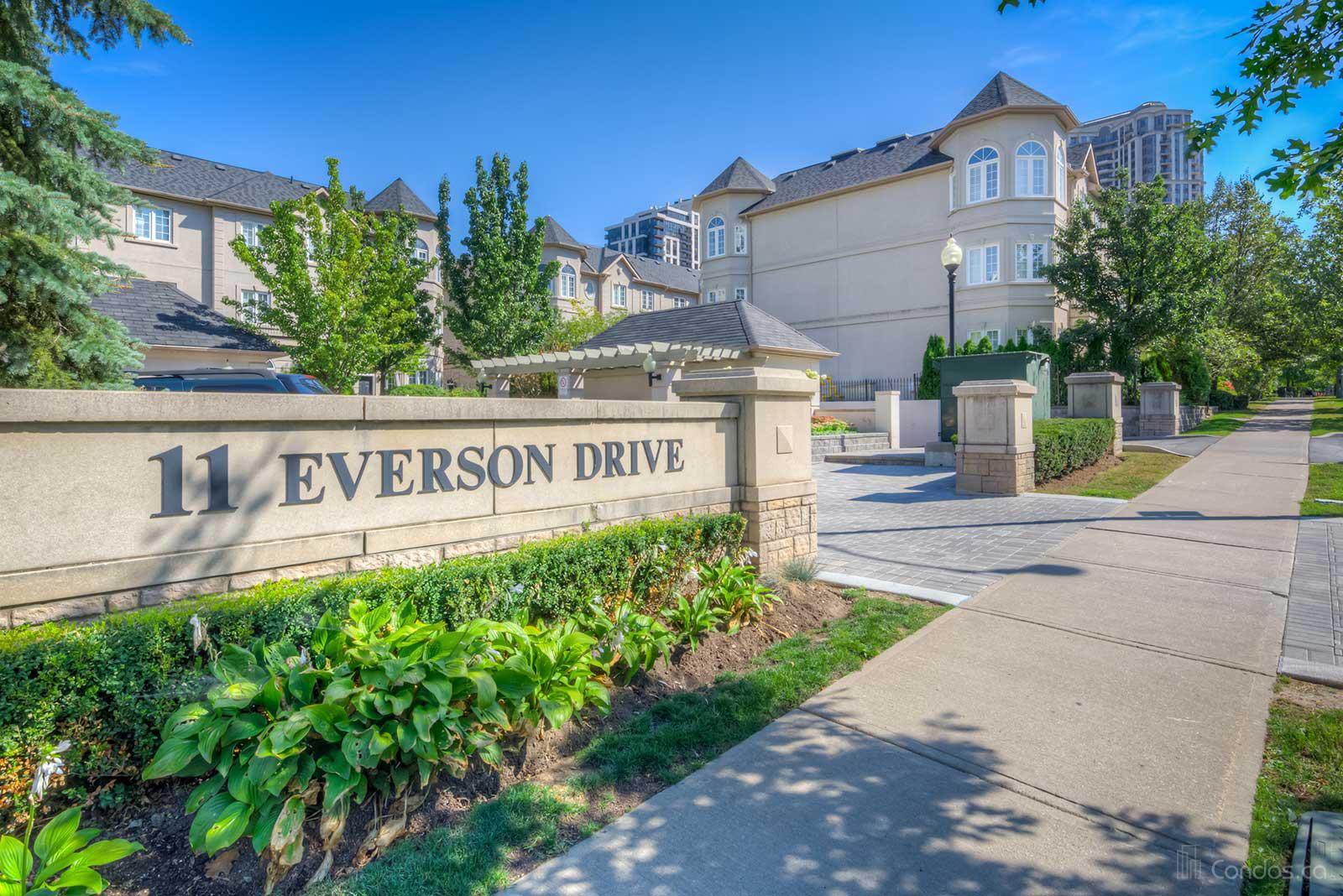 Carriage Homes of Avondale - Phase One at 11 Everson Dr, Toronto 0