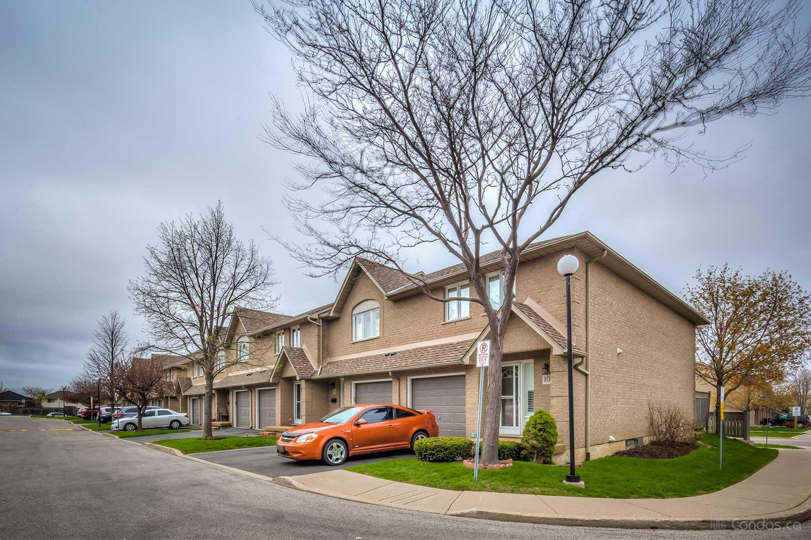 100 Vineberg Condos at 100 Vineberg Dr, Glanbrook 1