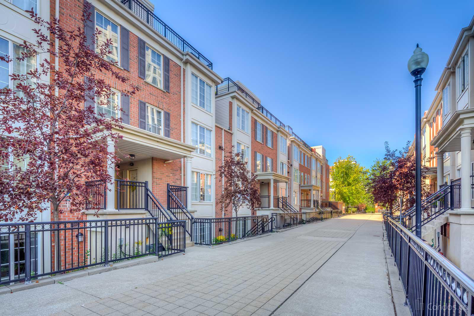 Everson Townhomes at 3 Everson Dr, Toronto 0