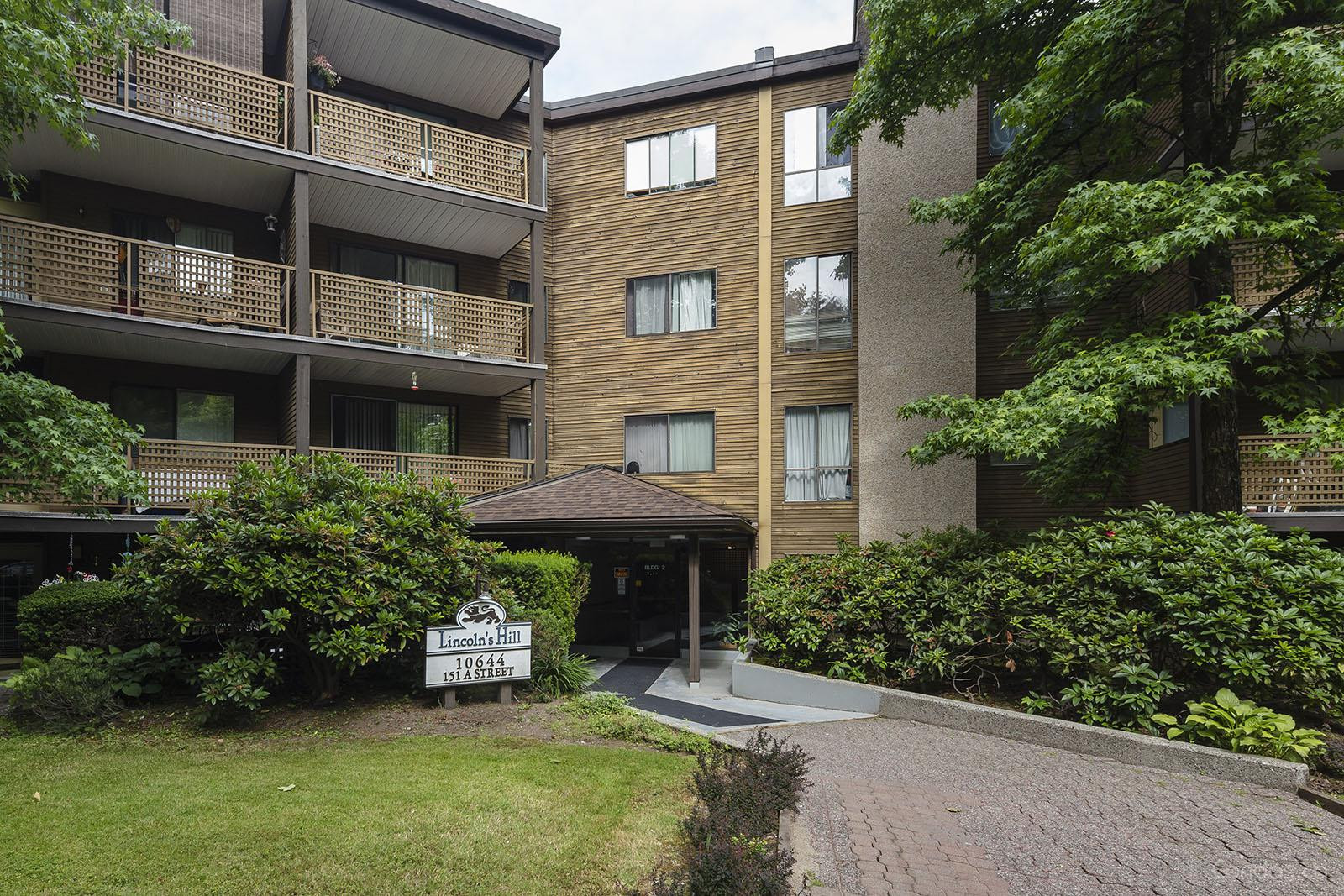 Lincoln's Hill at 10644 151a St, Surrey 1