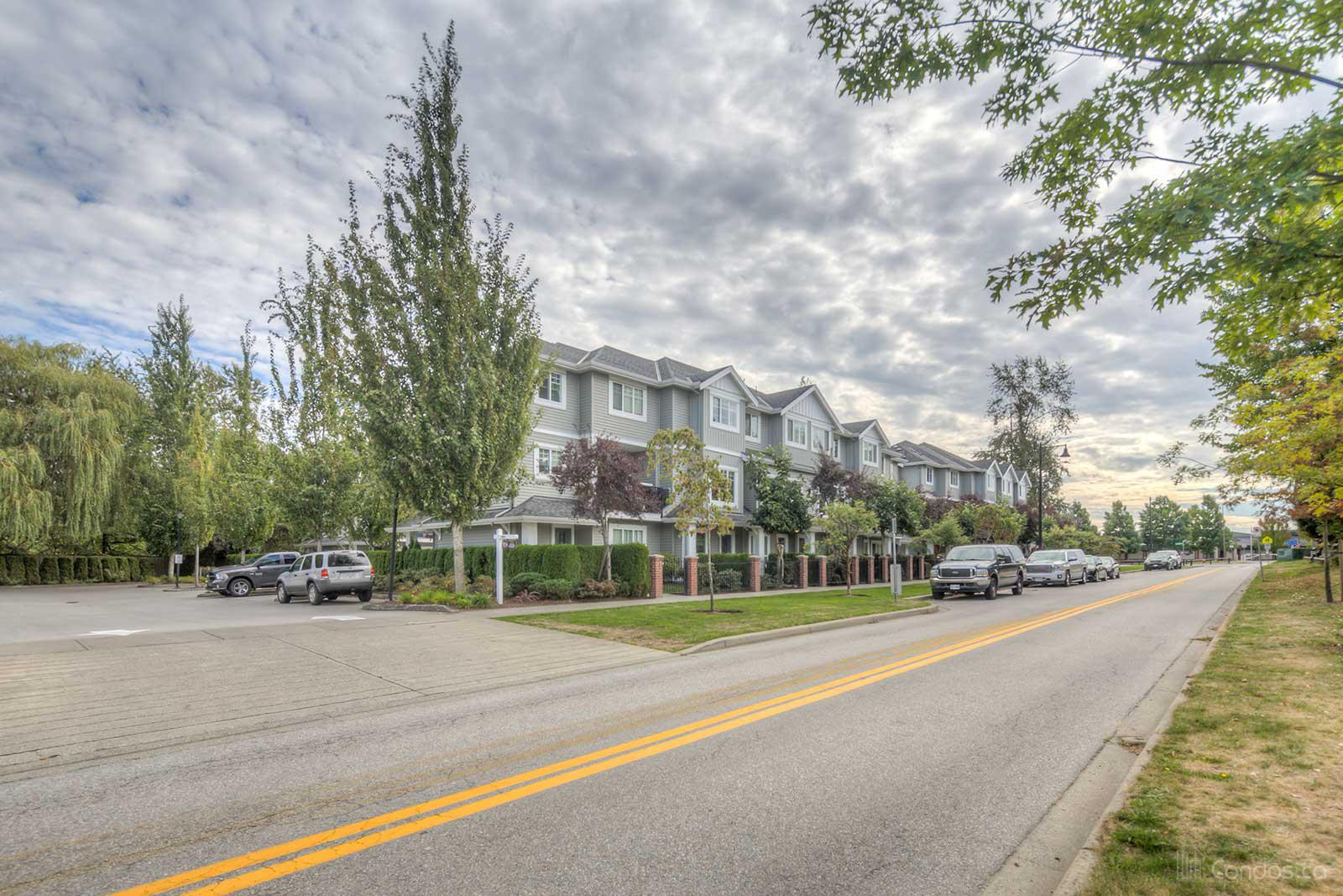 Mclellan Mews at 16718 60 Ave, Surrey 0