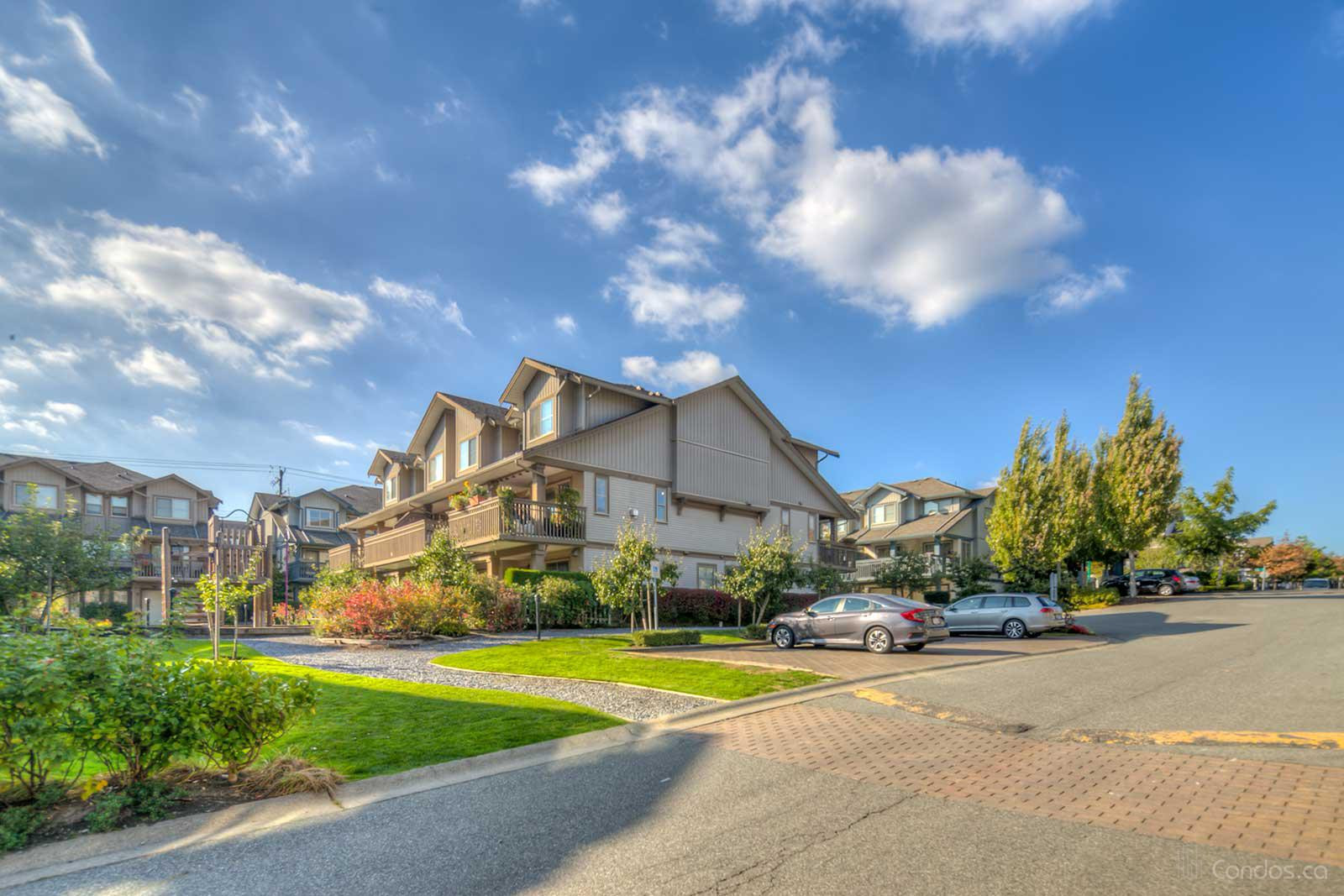 Sunberry Court at 19250 65 Ave, Surrey 0