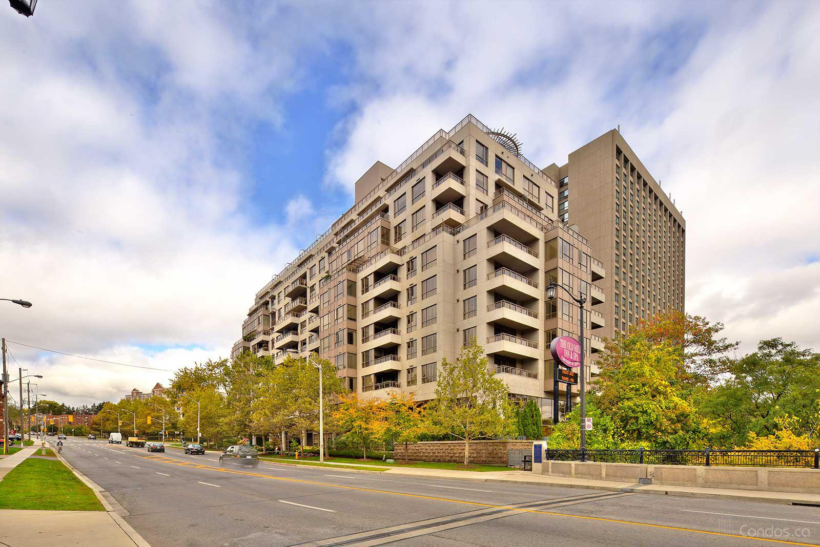 The Terraces of Old Mill at 2662 Bloor St W, Toronto 1