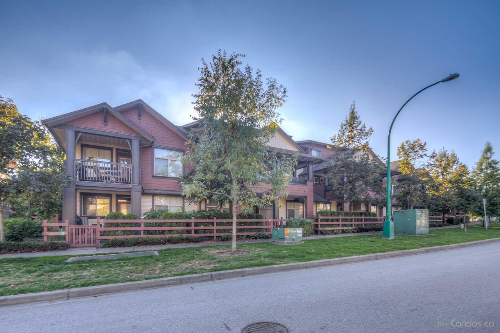 Sunset Grove at 19478 65 Ave, Surrey 1