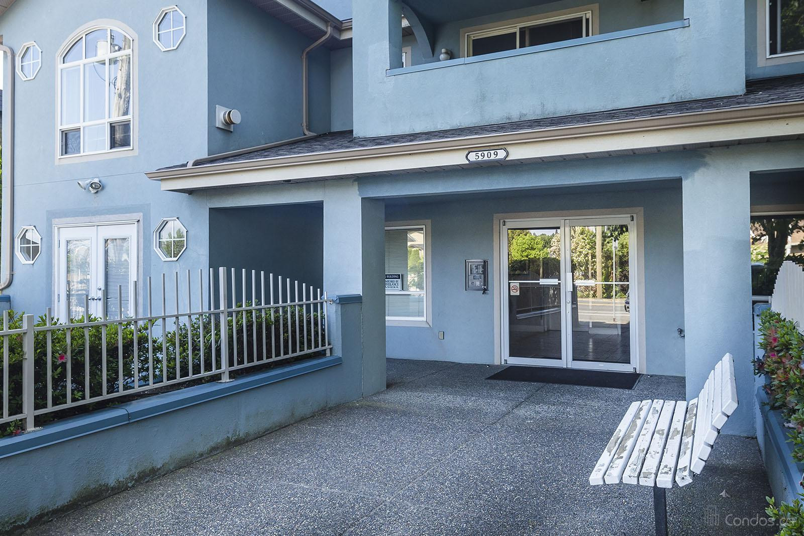 Carriage Court at 5909 177b St, Surrey 0