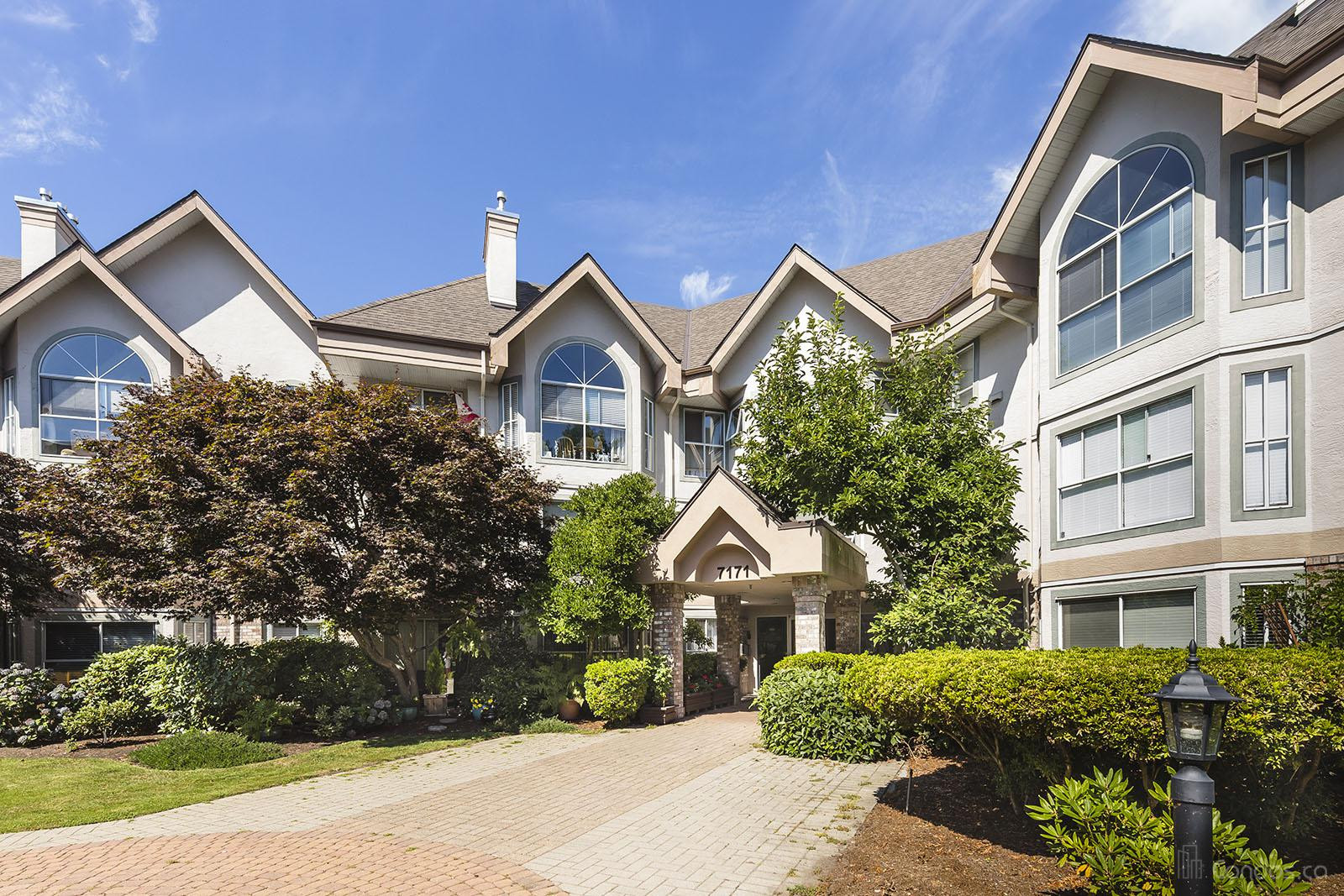 The Highlands at 7151 121 St, Surrey 1