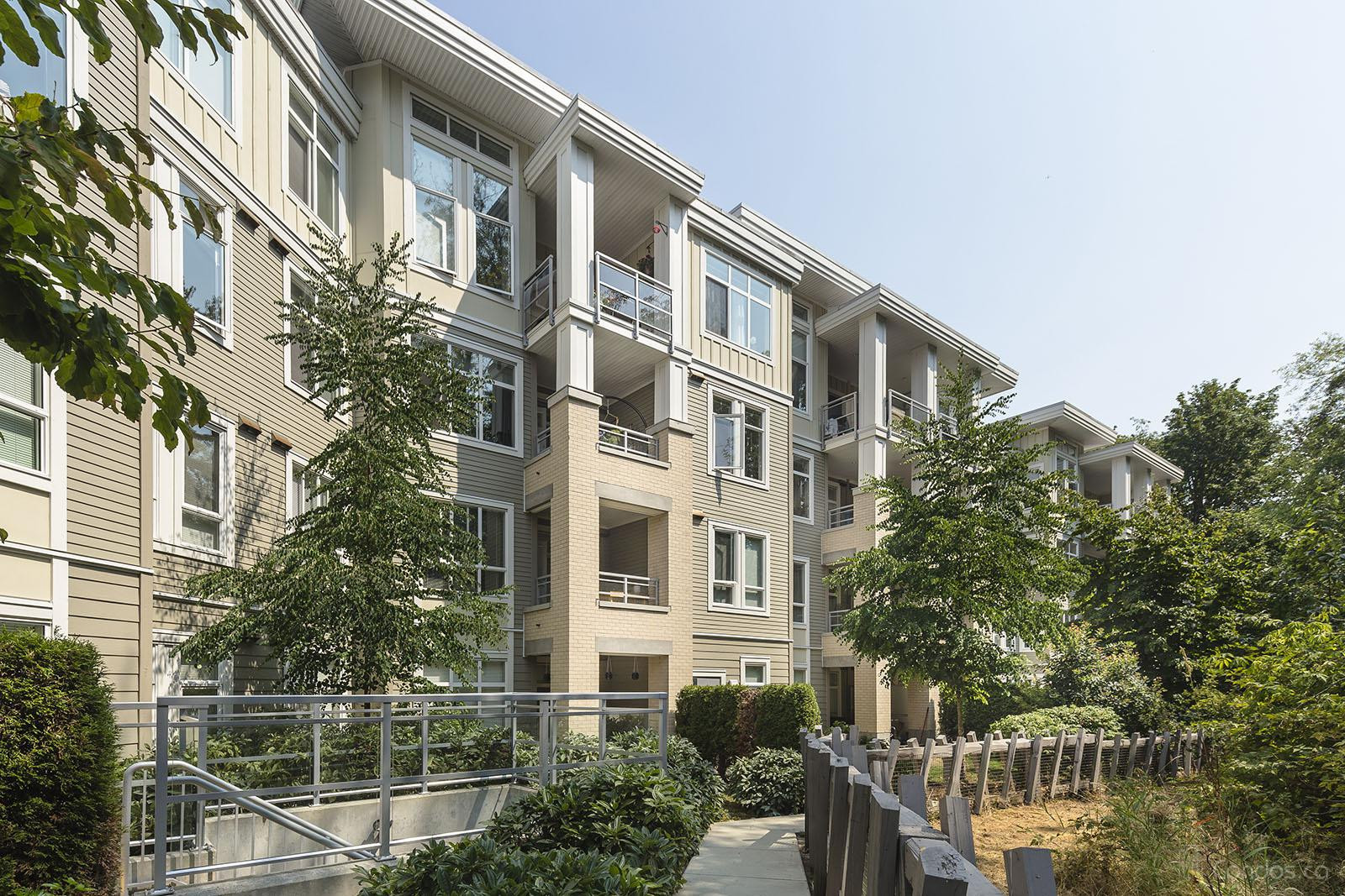 Headwaters at 15428 31st Ave, Surrey 1