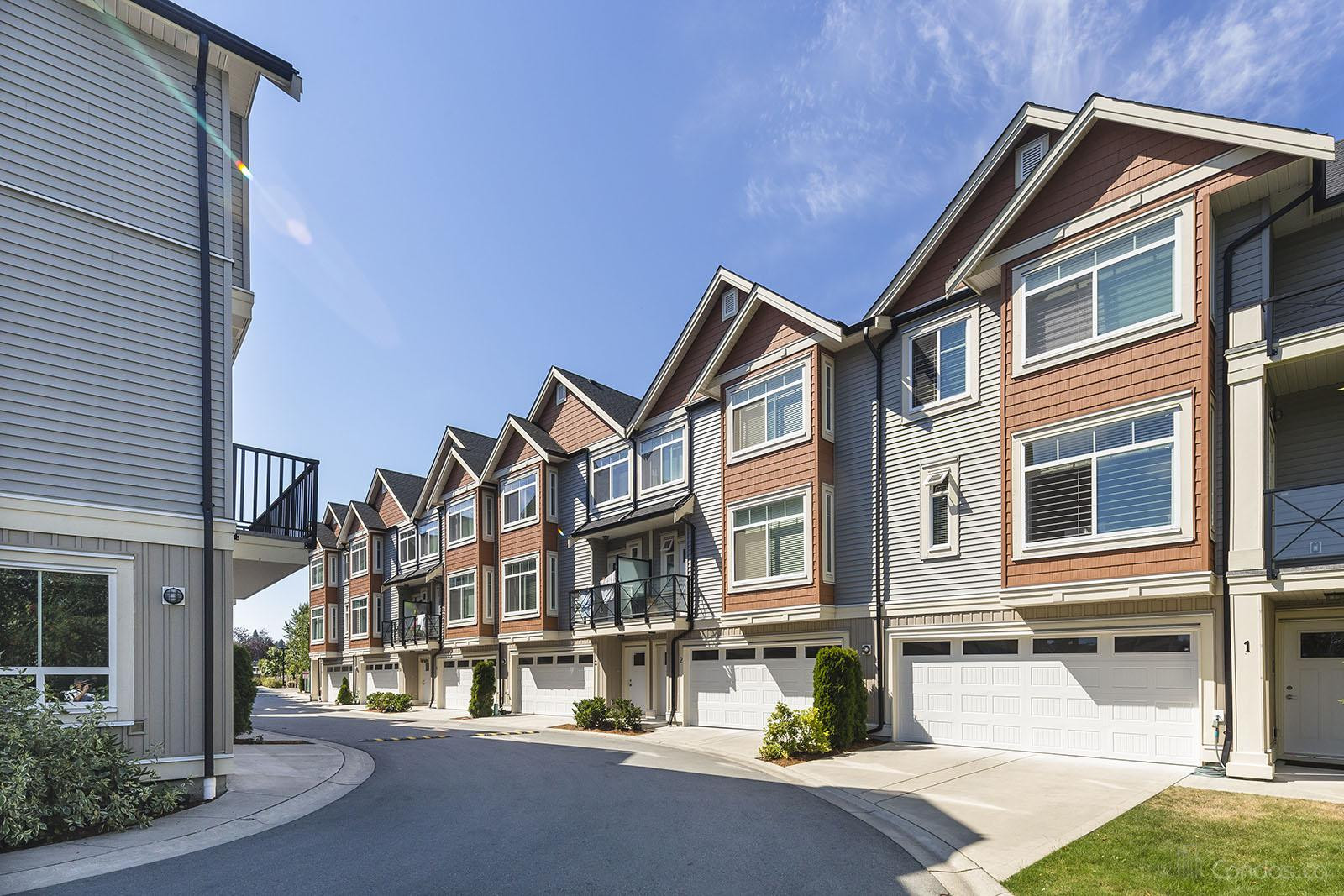 The Walks at 12091 70 Ave, Surrey 1