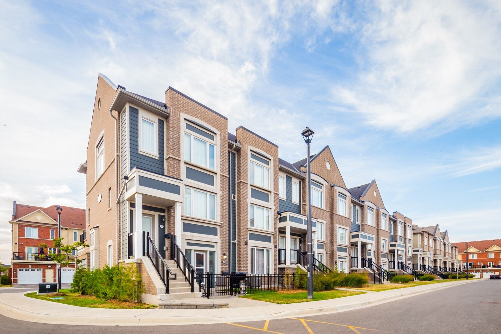 Daniels FirstHome Brampton at Sunny Meadow at 250 Sunny Meadow Blvd, Brampton 0